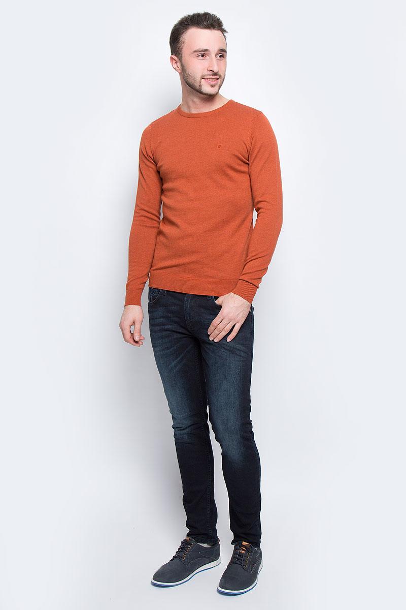 Джемпер мужской Tom Tailor, цвет: красно-коричневый. 3021322.00.10_3496. Размер L (50)3021322.00.10_3496Мужской джемпер Tom Tailor выполнен из натурального хлопка. Модель с круглым вырезом горловины и длинными рукавами. Низ рукавов и низ изделия дополнены эластичными манжетами. Модель оформлена символикой бренда.