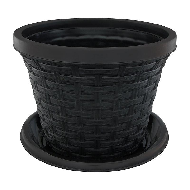 Кашпо Violet Ротанг, с поддоном, цвет: черный, 2,2 л32221/7Любой, даже самый современный и продуманный интерьер будет не завершённым без растений. Они не только очищают воздух и насыщают его кислородом, но и заметно украшают окружающее пространство. Такому полезному &laquo члену семьи&raquoпросто необходимо красивое и функциональное кашпо, оригинальный горшок или необычная ваза! Мы предлагаем - Кашпо круглое 2,2 л Ротанг, с поддоном, цвет черный!Оптимальный выбор материала &mdash &nbsp пластмасса! Почему мы так считаем? Малый вес. С лёгкостью переносите горшки и кашпо с места на место, ставьте их на столики или полки, подвешивайте под потолок, не беспокоясь о нагрузке. Простота ухода. Пластиковые изделия не нуждаются в специальных условиях хранения. Их&nbsp легко чистить &mdashдостаточно просто сполоснуть тёплой водой. Никаких царапин. Пластиковые кашпо не царапают и не загрязняют поверхности, на которых стоят. Пластик дольше хранит влагу, а значит &mdashрастение реже нуждается в поливе. Пластмасса не пропускает воздух &mdashкорневой системе растения не грозят резкие перепады температур. Огромный выбор форм, декора и расцветок &mdashвы без труда подберёте что-то, что идеально впишется в уже существующий интерьер.Соблюдая нехитрые правила ухода, вы можете заметно продлить срок службы горшков, вазонов и кашпо из пластика: всегда учитывайте размер кроны и корневой системы растения (при разрастании большое растение способно повредить маленький горшок)берегите изделие от воздействия прямых солнечных лучей, чтобы кашпо и горшки не выцветалидержите кашпо и горшки из пластика подальше от нагревающихся поверхностей.Создавайте прекрасные цветочные композиции, выращивайте рассаду или необычные растения, а низкие цены позволят вам не ограничивать себя в выборе.