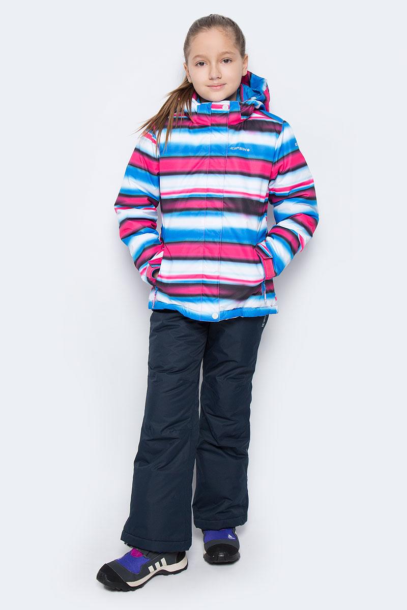 Комплект для девочки Icepeak: куртка, брюки, цвет: темно-синий, мультиколор. 652130510IV. Размер 128652130510IVКомплект одежды Icepeak состоит из куртки и утепленных брюк. Куртка изготовлена из 100% полиэстера. В качестве подкладки и утеплителя также используется 100% полиэстер. Ткань изготовлена с применением технологии ICEMAX, которая обеспечивает водостойкость 1200 м.Куртка со съемным капюшоном и воротником-стойкой застегивается на пластиковую застежку-молнию с защитой для подбородка и дополнительно имеет ветрозащитную планку на липучках и кнопках. Внутренняя часть капюшона дополнена эластичной резинкой. Капюшон пристегивается к изделию за счет кнопок. На рукавах имеются хлястики на липучках. Низ изделия дополнен внутренней ветрозащитной планкой на кнопках. Спереди расположены два прорезных кармана на застежках-молниях, а с внутренней стороны - накладной карман-сетка. Модель оформлена принтом в полоску. На куртке предусмотрены светоотражающие нашивки и термоаппликации с фирменным логотипом. Брюки изготовлены из 100% полиэстера и дополнены подкладкой и утеплителем из полиэстера.Модель по поясу застегивается на кнопку и имеет ширинку на застежке-молнии. Пояс по бокам дополнен эластичными вставками. По низу брючин предусмотрены муфты с прорезиненными поверхностями. Спереди расположено два втачных кармана на застежках-молниях. Брюки дополнены съемными лямками которые можно регулировать по длине. На изделии предусмотрены светоотражающая термоаппликация в виде названия бренда.