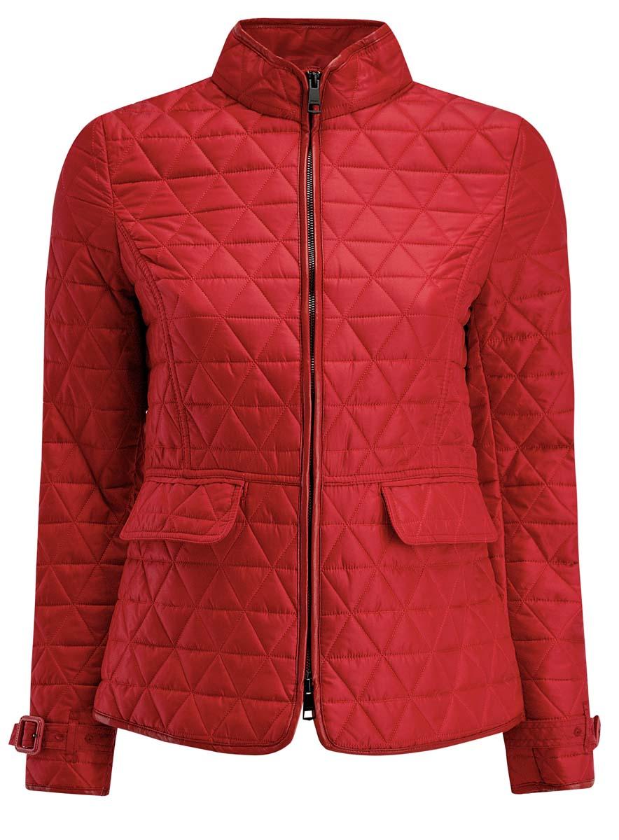 Куртка женская oodji Collection, цвет: красный. 28304006/43618/4500N. Размер 40 (46-170)28304006/43618/4500NЖенская куртка oodji Collection выполнена из 100% полиэстера. В качестве подкладки и наполнителя также используется полиэстер. Модель с воротником-стойкой застегивается на застежку-молнию с двумя бегунками и имеет внутреннюю ветрозащитную планку. Объем по низу рукава регулируется за счет ремешка с пряжкой. В среднем шве спинки расположена небольшая шлица. Спереди расположены два прорезных кармана с клапанами. Куртка декорирована элементами из искусственной кожи.