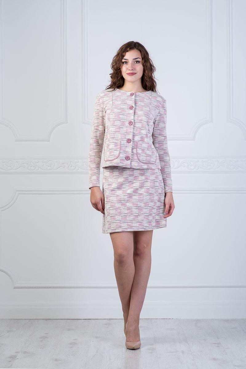 Комплект женский Lautus: жакет, юбка, цвет: молочный, розовый, темно-серый. к522. Размер 52 стоимость