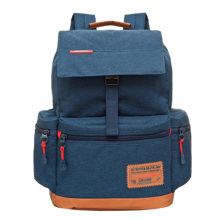 Рюкзак городской Grizzly, цвет: темно-синий, 16 л. RU-614-1/1RU-614-1/1Рюкзак городской Grizzl выполнен из высококачественного полиэстера. Рюкзак имеет ручку-петлю для подвешивания и две удобные лямки, длина которых регулируется с помощью пряжек.Модель выполнена с одним основным отделением, которое закрывается затягивающийся шнурок и сверху оснащена клапаном с застежкой-фастексом. Передняя стенка рюкзака дополнена накладным карманом на молнии. Боковые стенки дополнены двумя объемными карманами на застежках-молниях.Модель выполнена с укрепленной спинкой и лямками.