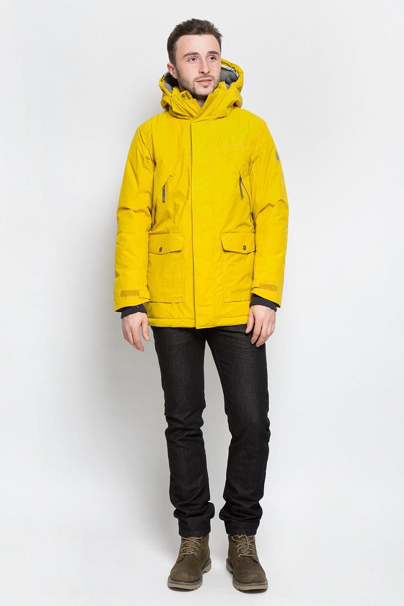 Куртка мужская DIDRIKSONS1913 Mike, цвет: темно-желтый. 500976_053. Размер XXL (54)500976_053Модная мужская куртка Didriksons1913 Mike изготовлена из ветронепроницаемой дышащей ткани - высококачественного полиамида с утеплителем из 100% полиэстера (240 г/м2). Технология Storm System обеспечивает 100% водонепроницаемость и защиту от любых погодных условий. Швы проклеены. Подкладка выполнена из полиамида, на спинке и капюшоне из искусственного меха.Модель с воротником-стойкой и съемным капюшоном застегивается на молнию и дополнительно на двойной ветрозащитный клапан с кнопками. Капюшон регулируется при помощи резинки со стоперром и пристегивается при помощи кнопок. Спереди изделие дополнено двумя накладными карманами, закрывающимися на клапаны с кнопками, на груди - двумя врезными карманами на застежках-молниях, скрытыми планкой, с внутренней стороны - одним накладным карманом и одним врезным карманом на молнии с отверстием для МР-3. Манжеты рукавов дополнены трикотажными напульсниками с отверстиями для больших пальцев. Ширина рукавов регулируются с помощью хлястиков с липучками. Нижняя часть изделия регулируется за счет эластичного шнурка со стопперами.