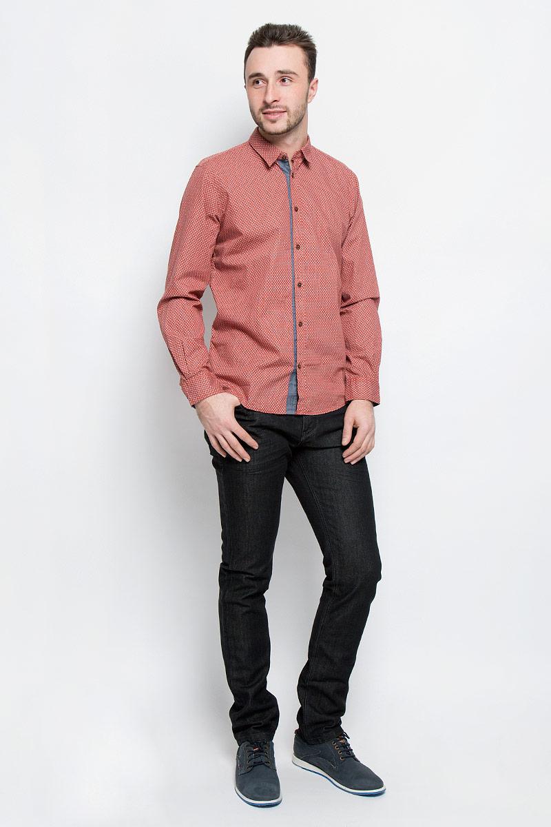 Джинсы мужские Tom Tailor Denim Josh, цвет: черный. 6204967.00.10_1057. Размер 31-32 (46/48-32)6204967.00.10_1057Модные мужские джинсы Tom Tailor Denim Josh выполнены из хлопка с добавлением полиэстера.Джинсы-слим застегиваются на пуговицу по поясу и имеют ширинку на застежке-молнии, также имеются шлевки для ремня. Спереди модель дополнена двумя втачными карманами и одним накладным кармашком, а сзади - двумя накладными карманами. Изделие оформлено потертостями.