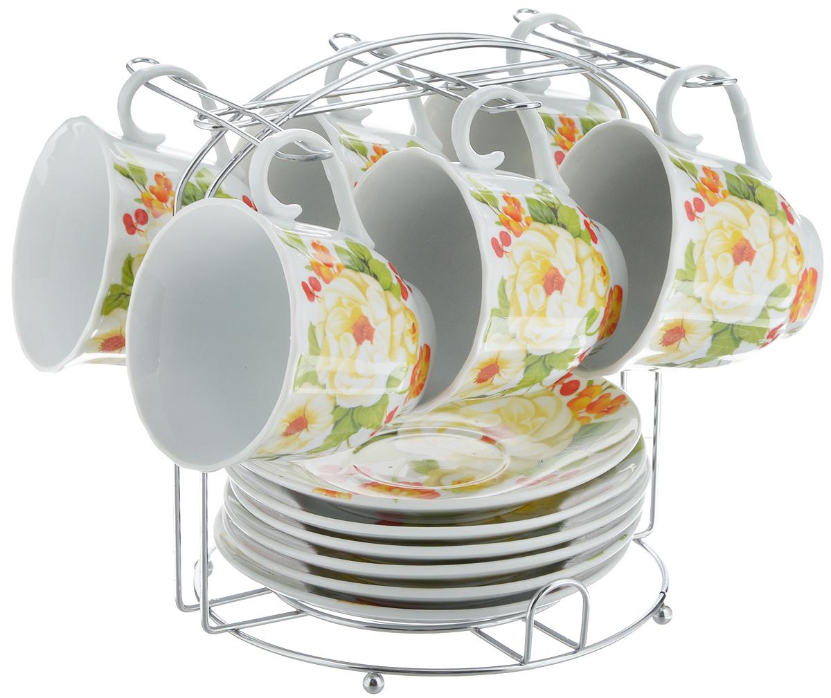 Набор чайный Bella, 13 предметов. DL-F6MS-178DL-F6MS-178Набор Bella состоит из 6 чашек и 6 блюдец, изготовленных из высококачественного фарфора. Чашки оформлены красочным рисунком. Изделия расположены на металлической подставке. Такой набор подходит для подачи чая или кофе.Изящный дизайн придется по вкусу и ценителям классики, и тем, кто предпочитает современный стиль. Он настроит на позитивный лад и подарит хорошее настроение с самого утра. Чайный набор Bella - идеальный и необходимый подарок для вашего дома и для ваших друзей в праздники.Объем чашки: 220 мл. Диаметр чашки (по верхнему краю): 8 см. Высота чашки: 7 см. Диаметр блюдца: 14 см. Высота блюдца: 2,3 см.Размер подставки: 17 х 16,5 х 19 см.