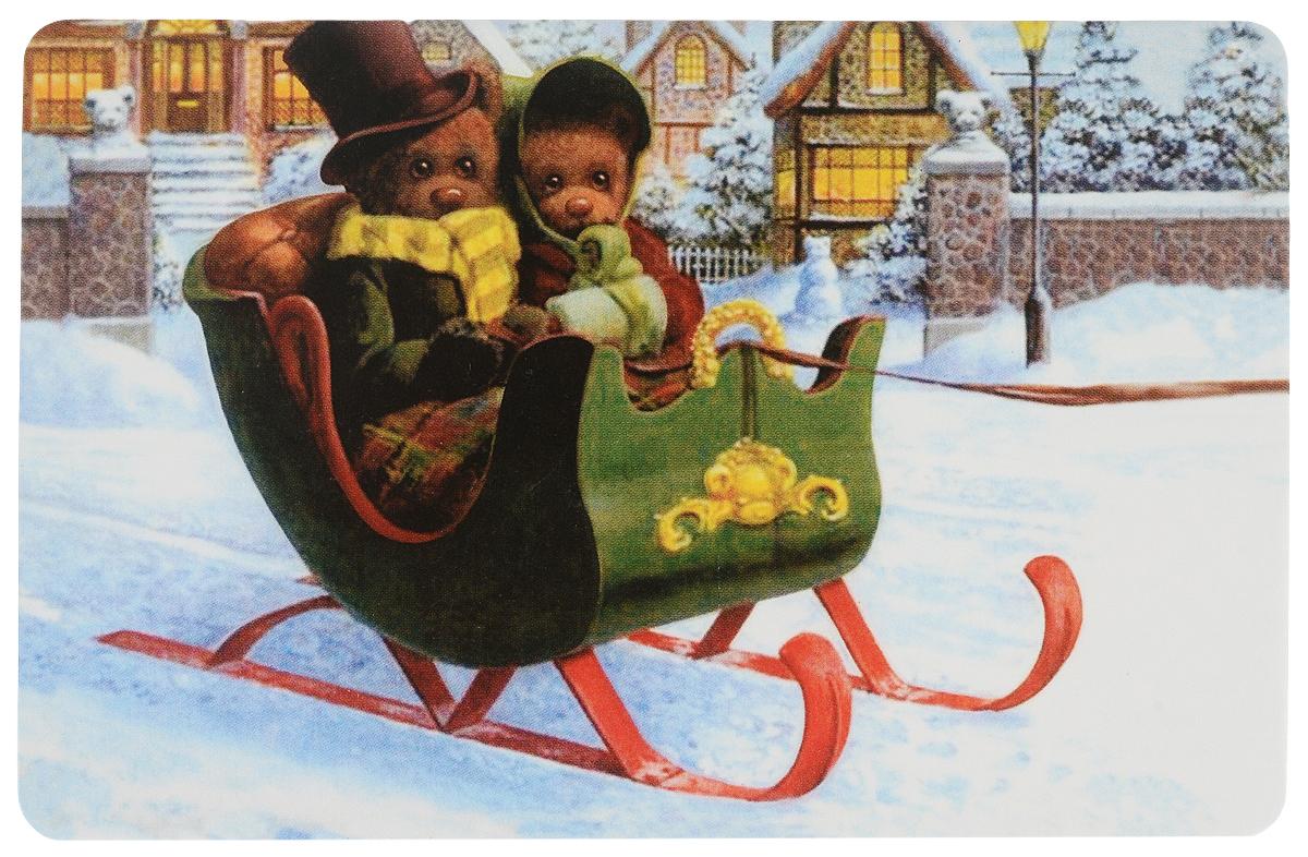 Открытка поздравительная в винтажном стиле Новый год. №333ОТКР №333Оригинальная поздравительная открытка Новый год выполнена из плотного картона. На лицевой стороне расположено красочное изображение двух мишек в санях. Обратная сторона открытки имеет место для марки и свободное пространство, на ней вы сможете написать собственное послание. Необычная и яркая открытка в винтажном стиле поможет вам выразить чувства и передать теплые поздравления.Такая открытка станет великолепным дополнением к подарку или оригинальным почтовым посланием, которое, несомненно, удивит получателя своим дизайном и подарит приятные воспоминания.