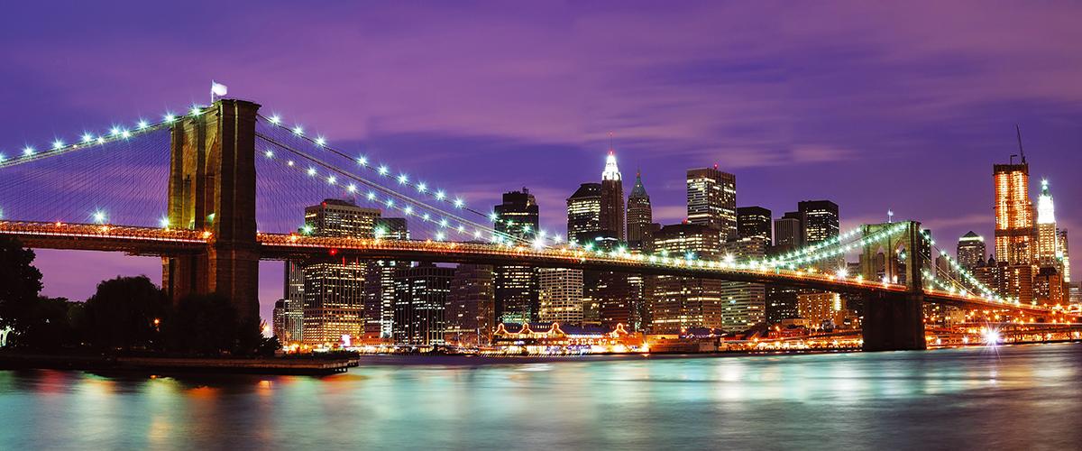 Канвасы Postermarket Бруклинский мост и ночной Манхэттен, 45 х 115 см. CT4-22CT4-22Канвас - это специальная современная технология печати на холсте. Это прекрасная возможность создать яркий акцент при оформлении любого помещения. Панно Бруклинский мост и ночной Манхэттен обязательно привлечет внимание и подарит немало приятных впечатлений своим обладателям.Холст изготовлен из полиэстера, рамка - из дерева.Размер панно: 450 x 1150 мм.
