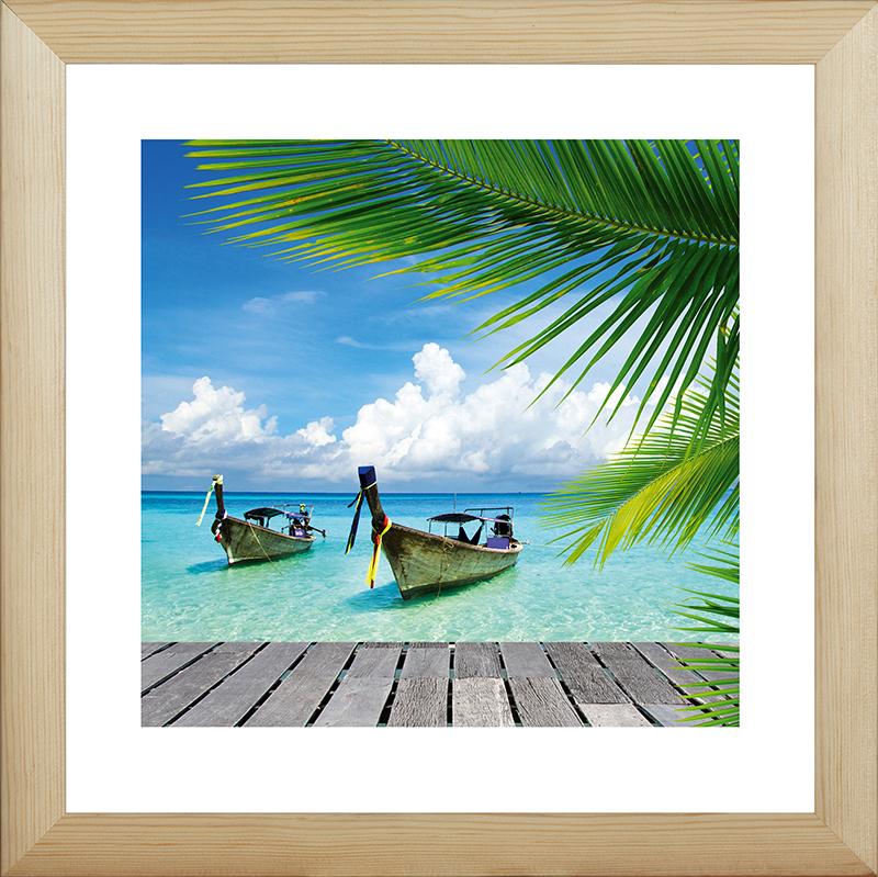 Картина Postermarket Лодки в Тайланде, 40 х 40 смMC-57Картина Postermarket Лодки в Тайланде прекрасно подойдет для декора интерьера различных помещений. Постер, выполненный в технике фотопечать, обрамлен паспарту и оформлен багетом бежевого цвета. Картина для интерьера (постер) - это современное и актуальное направление в дизайне помещений. Ее можно использовать для оформления любых помещений (дом, квартира, офис, бар, кафе, ресторан или гостиница). работоспособность. Правильное оформление интерьера создает благоприятный психологический климат, улучшает настроение и мотивирует.Размер картины: 400 x 400 мм.