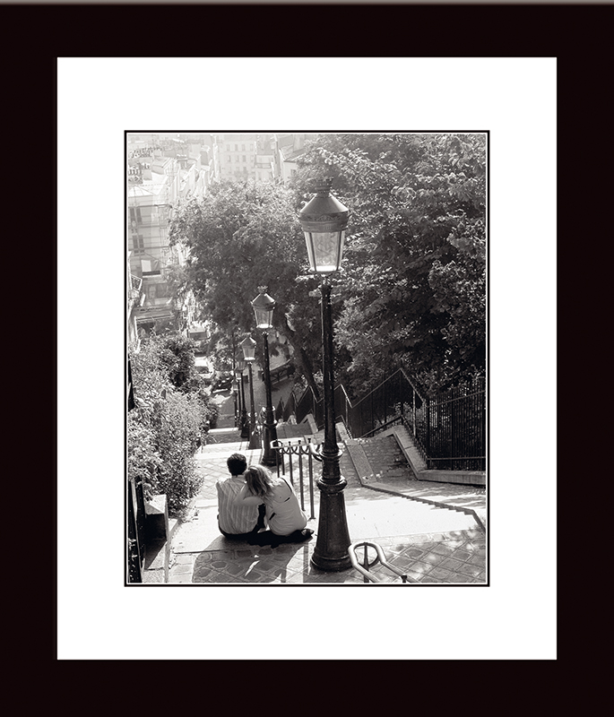 Картина Postermarket Монмартр, 27 х 32 см. NI 40NI 40Картина Postermarket Монмартр прекрасно подойдет для декора интерьера различных помещений. Постер представляет собой изображение автомобиля, выполненное в технике фотопечать.Картина для интерьера (постер) - это современное и актуальное направление в дизайне помещений. Ее можно использовать для оформления любых помещений (дом, квартира, офис, бар, кафе, ресторан или гостиница).работоспособность.Правильное оформление интерьера создает благоприятный психологический климат, улучшает настроение и мотивирует. Размер картины: 270 x 320 мм.