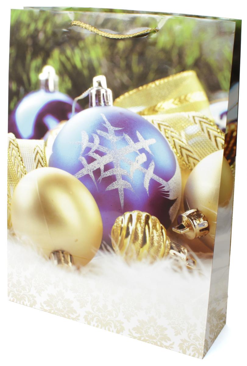 Пакет подарочный МегаМАГ Новый год, 32,4 х 44,5 х 10,2 см. 5052 XL5052 XLПодарочный пакет МегаМАГ, изготовленный из плотной ламинированной бумаги, станет незаменимым дополнением к выбранному подарку. Для удобной переноски на пакете имеются две ручки-шнурки.Подарок, преподнесенный в оригинальной упаковке, всегда будет самым эффектным и запоминающимся. Окружите близких людей вниманием и заботой, вручив презент в нарядном, праздничном оформлении.