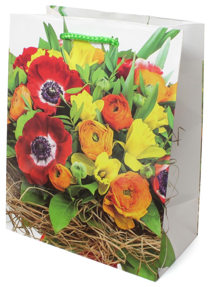 Пакет подарочный МегаМАГ Цветы, 18 х 22,7 х 10 см. 2130 M2130 MПодарочный пакет МегаМАГ, изготовленный из плотной ламинированной бумаги, станет незаменимым дополнением к выбранному подарку. Для удобной переноски на пакете имеются две ручки-шнурки.Подарок, преподнесенный в оригинальной упаковке, всегда будет самым эффектным и запоминающимся. Окружите близких людей вниманием и заботой, вручив презент в нарядном, праздничном оформлении.