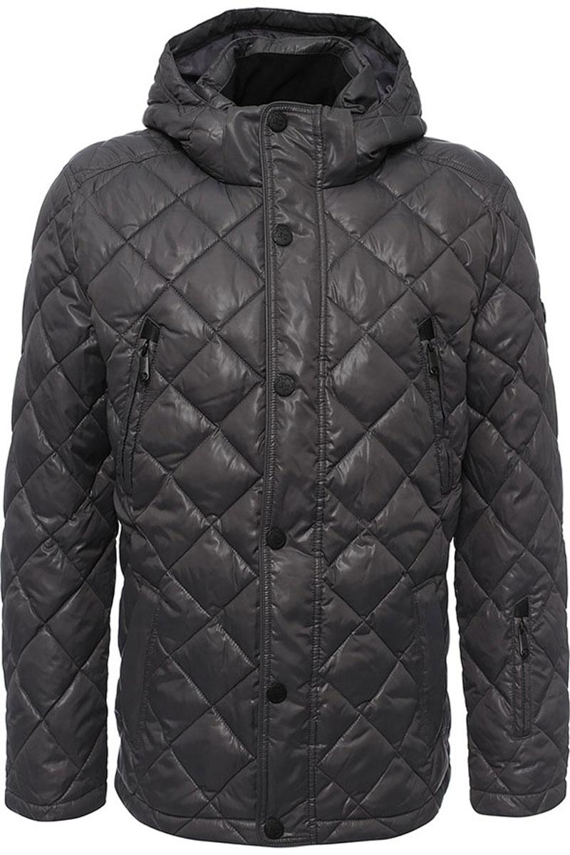 Куртка мужская Finn Flare, цвет: темно-серый. W16-21002_202. Размер L (50)W16-21002_202Стильная мужская куртка Finn Flare изготовлена из высококачественного полиэстера. В качестве утеплителя используется полиэстер.Куртка с воротником-стойкой и съемным капюшоном застегивается на застежку-молнию и дополнительно на клапан с кнопками. Капюшон, дополненный регулирующим эластичным шнурком, пристегивается к куртке с помощью кнопок и липучек. Спереди расположены четыре прорезных кармана на застежках-молниях, на рукаве - прорезной карман на застежке-молнии, с внутренней стороны - прорезной карман на застежке-молнии и два накладных кармана на пуговицах.Манжеты рукавов дополнены трикотажными напульсниками. Нижняя часть модели регулируется с помощью эластичного шнурка со стопперами.