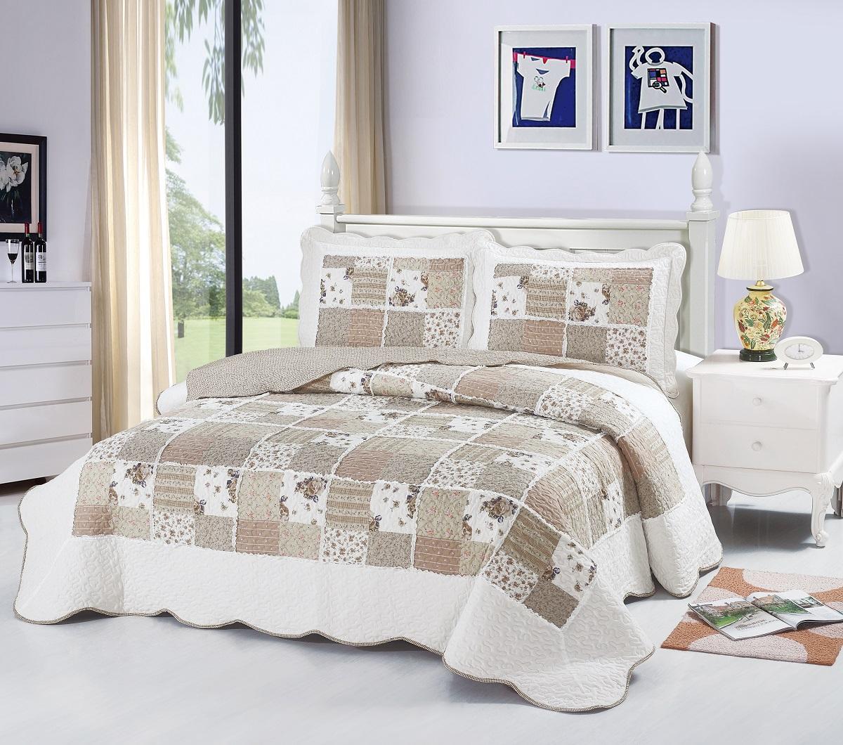 Комплект для спальни Karna Modalin. Пэчворк: покрывало 230 х 250 см, 2 наволочки 50 х 70 см, цвет: белый, бежевый1004900000360Изысканный комплект Karna Modalin. Пэчворк прекрасно оформит интерьерспальни или гостиной. Комплект состоит из двухстороннего покрывала и двух наволочек.Изделия изготовлены из микрофибры.Постельные комплекты Karna уникальны, так как онипрактичны и универсальны в использовании.Материал хорошо сохраняет окраску и форму.Изделиядолговечны, надежны и легко стираются.Комплект Karna не только подарит тепло,но и гармонично впишется в интерьер вашего дома.Размер покрывала: 230 х 250 см. Размер наволочки: 50 х 70 см.