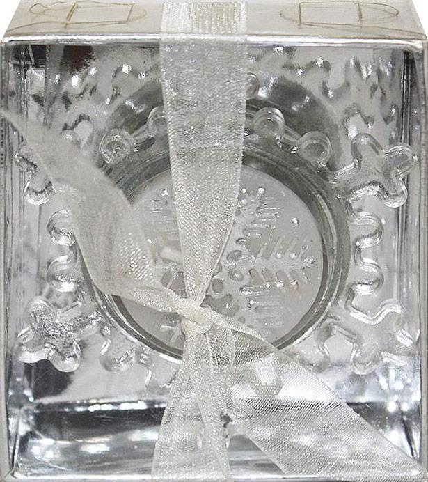 Подсвечник декоративный Lillo, со свечой, высота 2,5 смLil 88014Декоративный подсвечник Lillo, изготовленный из стекла, выполнен в виде снежинки. В комплекте предусмотрена чайная свеча, обладающая приятным ароматом. Оба предмета упакованы в красивую подарочную упаковку.Вы можете поставить подсвечник в любом месте, где он будет удачно смотреться, и радовать глаз. Кроме того - это отличный вариант подарка для ваших близких и друзей в преддверии Нового года.Размеры подсвечника: 7,3 х 8,5 х 2,5 см.