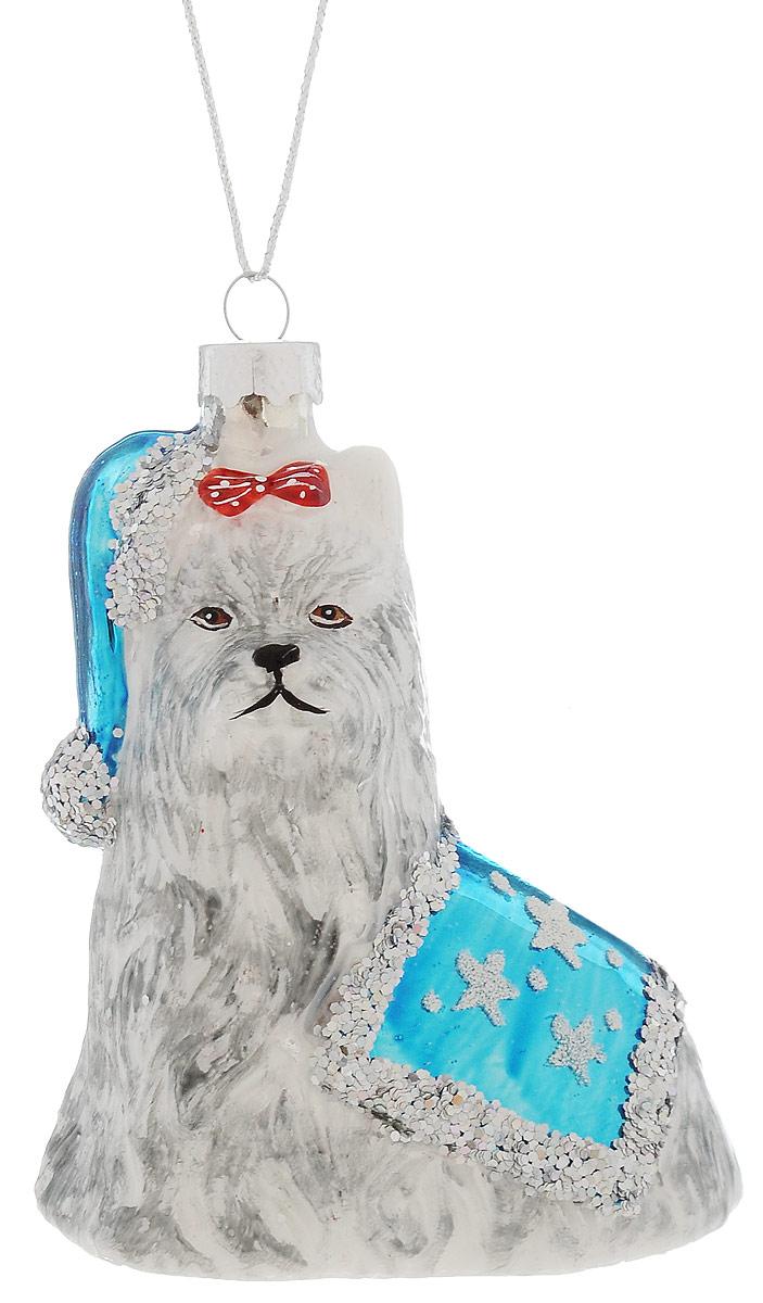 Украшение новогоднее подвесное Winter Wings Собачка ши-тцу, высота 11 смN07571Новогоднее украшение Winter Wings Собачка ши-тцу выполнено из стекла. С помощью специальной петельки украшение можно повесить в любом понравившемся вам месте. Но, конечно, удачнее всего оно будет смотреться на праздничной елке.Елочная игрушка - символ Нового года. Она несет в себе волшебство и красоту праздника. Создайте в своем доме атмосферу веселья и радости, украшая новогоднюю елку нарядными игрушками, которые будут из года в год накапливать теплоту воспоминаний.