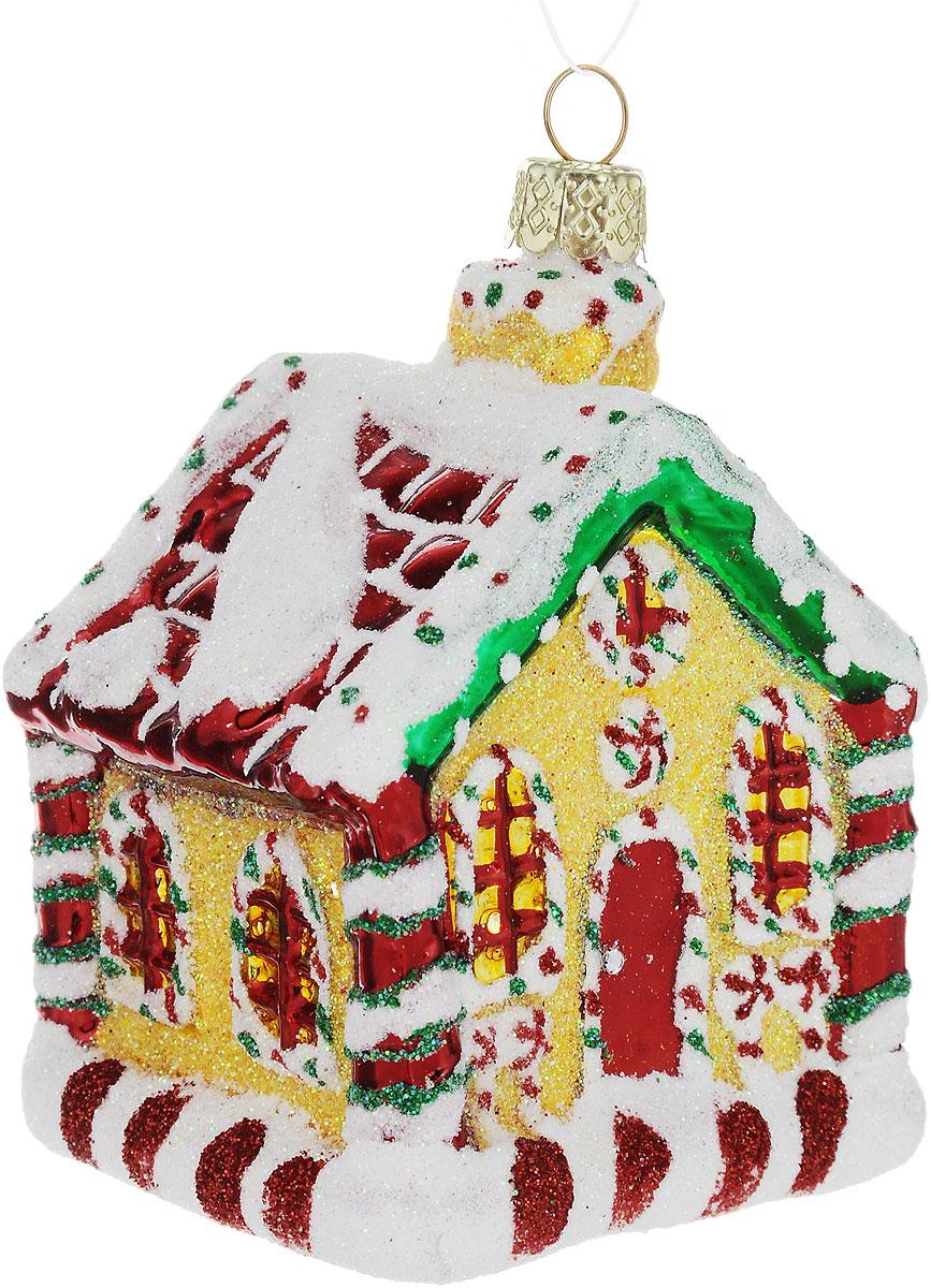 Украшение новогоднее подвесное Winter Wings Домик, высота 7,5 смN07648Новогоднее подвесное украшение Winter Wings Домик выполнено из стекла. С помощью специальной петельки украшение можно повесить в любом понравившемся вам месте. Но, конечно, удачнее всего оно будет смотреться на праздничной елке.Елочная игрушка - символ Нового года. Она несет в себе волшебство и красоту праздника. Создайте в своем доме атмосферу веселья и радости, украшая новогоднюю елку нарядными игрушками, которые будут из года в год накапливать теплоту воспоминаний.Размер: 5 х 5 х 7,5 см.