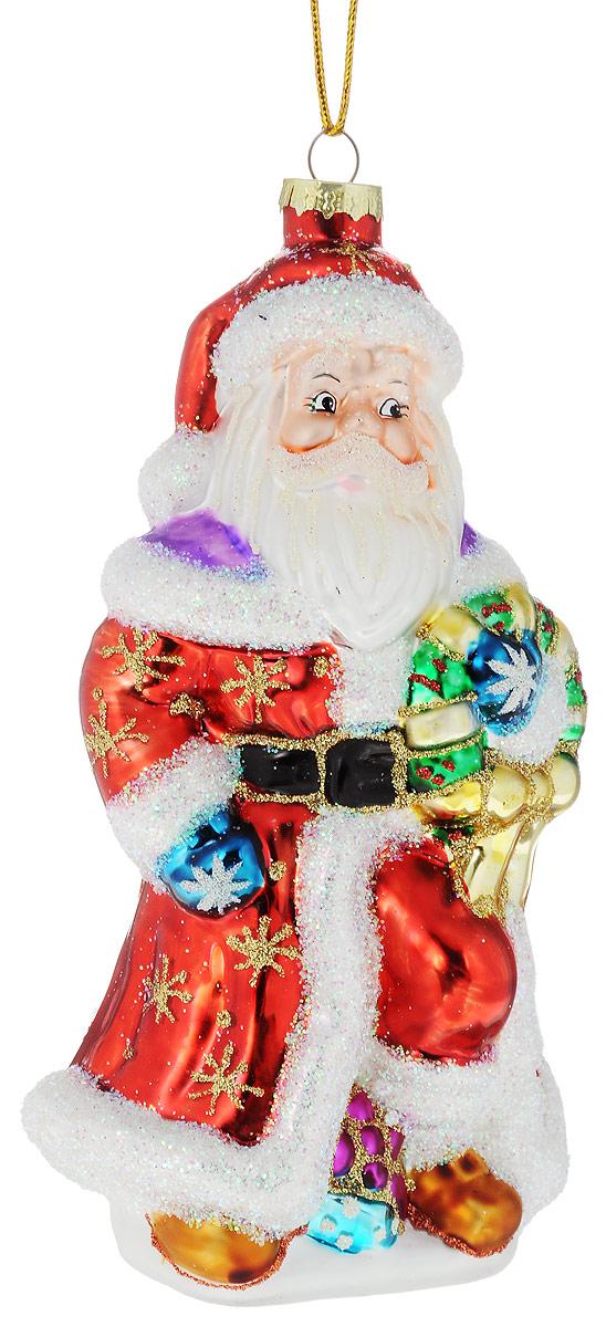 Украшение новогоднее подвесное Winter Wings Дед Мороз с подарком, 9 х 8 х 18 смN07703Украшение Winter Wings Дед Мороз с подарком прекрасно подойдет для праздничного декора новогодней ели. Изделие выполнено из высококачественного стекла и украшено сверкающими блестками. Для удобного размещения на елке предусмотрена текстильная петелька.Елочная игрушка - символ Нового года. Она несет в себе волшебство и красоту праздника. Создайте в своем доме атмосферу веселья и радости, украшая новогоднюю елку нарядными игрушками, которые будут из года в год накапливать теплоту воспоминаний.