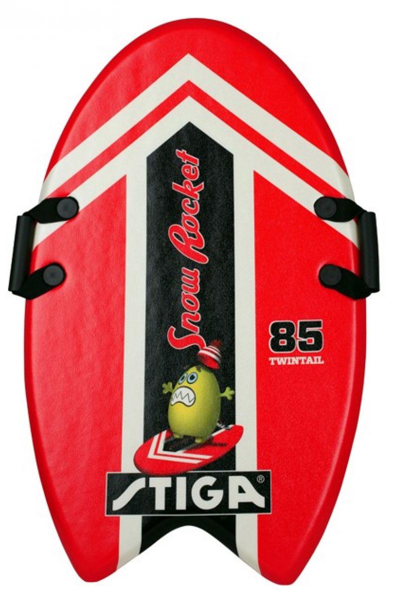 Ледянка Stiga Snowrocket 85, цвет: красный. 75-5500-3575-5500-35Снеголет Snowrocket 85 – легкая и быстрая доска для катания по снегу. Изготовлена из легкой высококачественной EPE пены.Она оснащена удобными крепкими ручками. Ледянка очень понравится всем любителям активных зимних игр.Материал: HDPE пластик.Размер: Длина 85 см.Вес: 680 г.