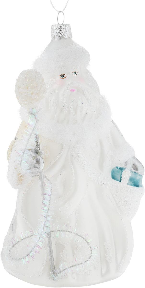 Украшение новогоднее подвесное Winter Wings Дед Мороз в белом, высота 16,5 смN07846Новогоднее подвесное украшение Winter WingsДед Мороз в беломвыполнено из стекла. Изделиеоформлено блестками. Спомощьюспециальной петельки украшение можно повесить влюбом понравившемся вамместе. Но, конечно, удачнее всего оно будетсмотреться на праздничной елке.Елочная игрушка - символ Нового года. Она несет всебе волшебство и красотупраздника. Создайте в своем доме атмосферувеселья и радости, украшаяновогоднюю елку нарядными игрушками, которыебудут из года в год накапливатьтеплоту воспоминаний. Размер: 8 х 8,5 см. Высота: 16,5 см.