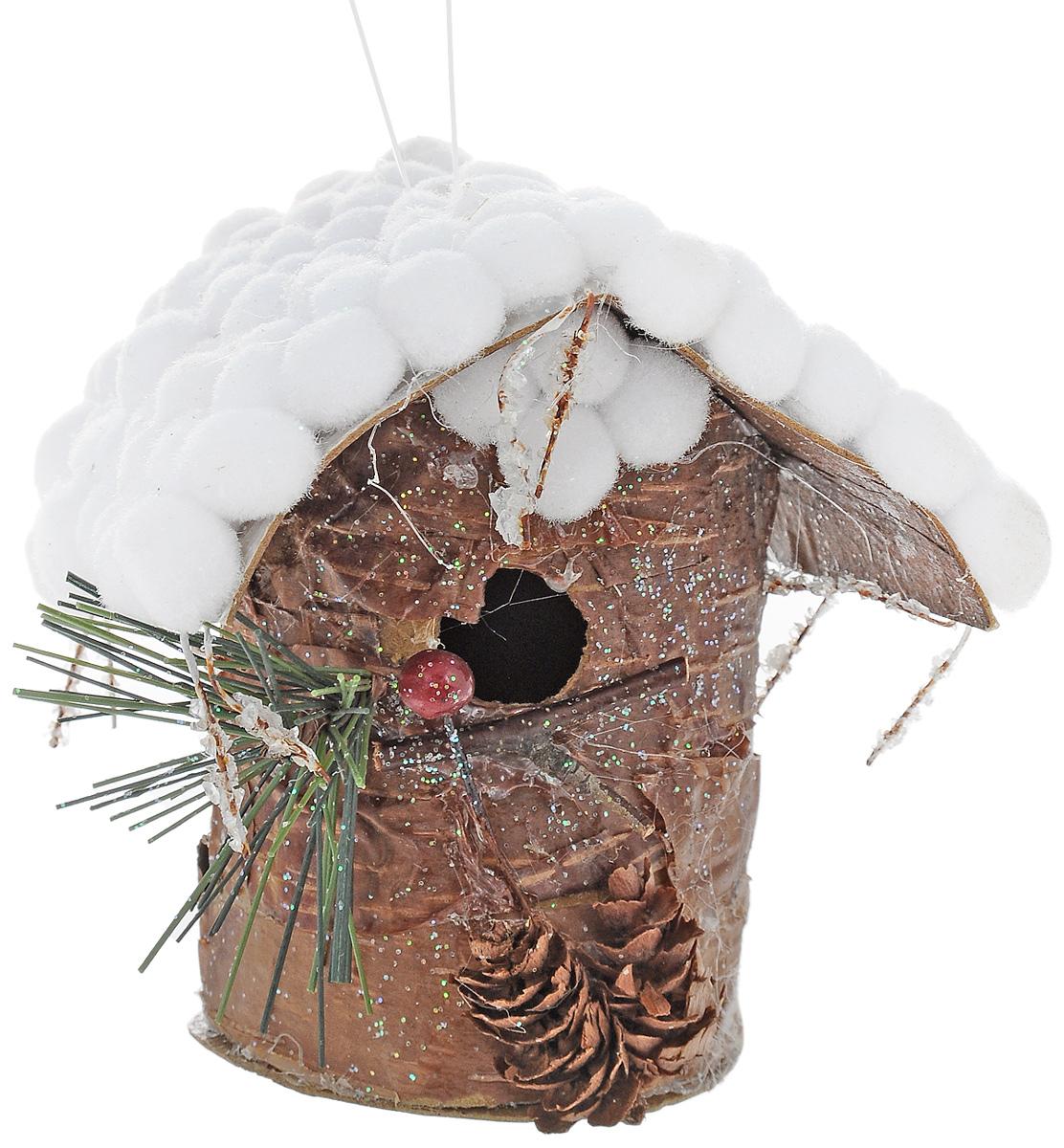 Украшение новогоднее подвесное Winter Wings Скворечник. Лесная сказка, высота 10,5 смN180380Новогоднее украшение Winter Wings Скворечник. Лесная сказка выполнено из полимерного материала. С помощью специальной петельки украшение можно повесить в любом понравившемся вам месте. Но, конечно, удачнее всего оно будет смотреться на праздничной елке.Елочная игрушка - символ Нового года. Она несет в себе волшебство и красоту праздника. Создайте в своем доме атмосферу веселья и радости, украшая новогоднюю елку нарядными игрушками, которые будут из года в год накапливать теплоту воспоминаний.