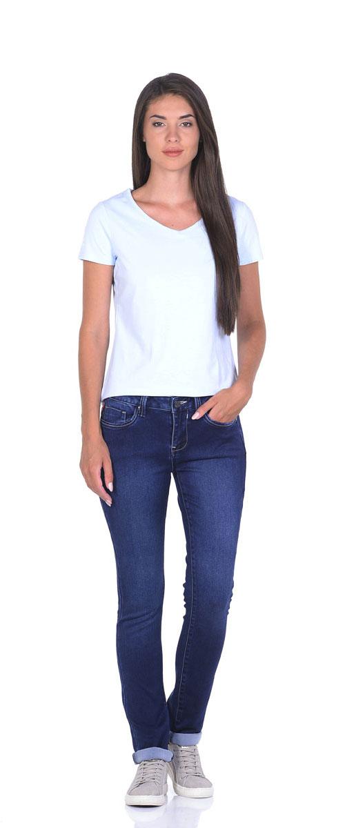 Джинсы женские Montana, цвет: темно-синие. 10776. Размер 27-33,5 (44/46-33,5)10776_MSСтильные женские джинсы Montana - отличная модель на каждый день, которая прекрасно вам подойдет.Изделие изготовлено из хлопка с добавлением полиэстера и спандекса. Джинсы-слим на талии застегиваются на металлическую пуговицу, также имеются ширинка на застежке-молнии и шлевки для ремня. Спереди модель дополнена двумя втачными карманами и одним маленьким накладным кармашком, а сзади - двумя накладными карманами. Модель оформлена контрастной прострочкой и эффектом состаривания денима.