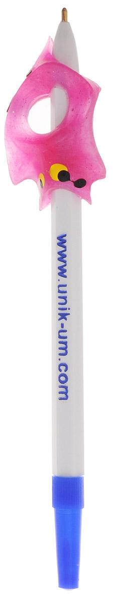УникУм Ручка-самоучка Тренажер для правшей цвет розовыйАВ-4783_розовыйДля того чтобы легко, быстро и красиво писать, необходимо научиться правильно держать ручку или карандаш.Ручка-самоучка УникУм Тренажер для правшей позволяет в игровой форме, без усилий выработать правильную постановку пальцев при обучении ребенка рисованию и технике письма - ручку (карандаш) держать легко и удобно. Взрослому не нужно постоянно стоять над ребенком, объясняя как должен располагаться каждый пальчик, и какой должен быть наклон ручки. Достаточно помочь ребенку в первое время обучения.Ручка-самоучка УникУм - незаменимый помощник учителю начальной школы.Рекомендовано для обучения детей с 2,5 лет - на карандаше, с 5 лет - на ручке.