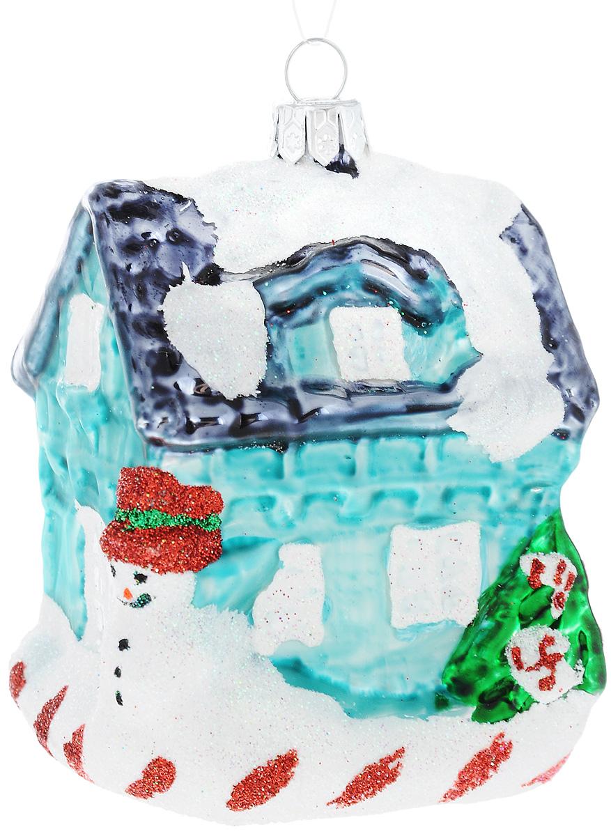 Украшение новогоднее подвесное Winter Wings Дом бирюзовый, высота 8,5 смN07822Новогоднее подвесное украшение Winter Wings Домбирюзовыйвыполнено из стекла и украшено блестками. С помощьюспециальной петельки украшение можно повесить в любомпонравившемся вам месте. Но, конечно, удачнее всего онобудет смотреться на праздничной елке.Елочная игрушка - символ Нового года. Она несет в себеволшебство и красоту праздника. Создайте в своем домеатмосферу веселья и радости, украшая новогоднюю елкунарядными игрушками, которые будут из года вгод накапливать теплоту воспоминаний.Откройте для себя удивительный мир сказок и грез.Почувствуйте волшебные минуты ожидания праздника,создайте новогоднее настроение вашим дорогим иблизким.Размер украшения: 6 х 6,5 х 8,5 см.