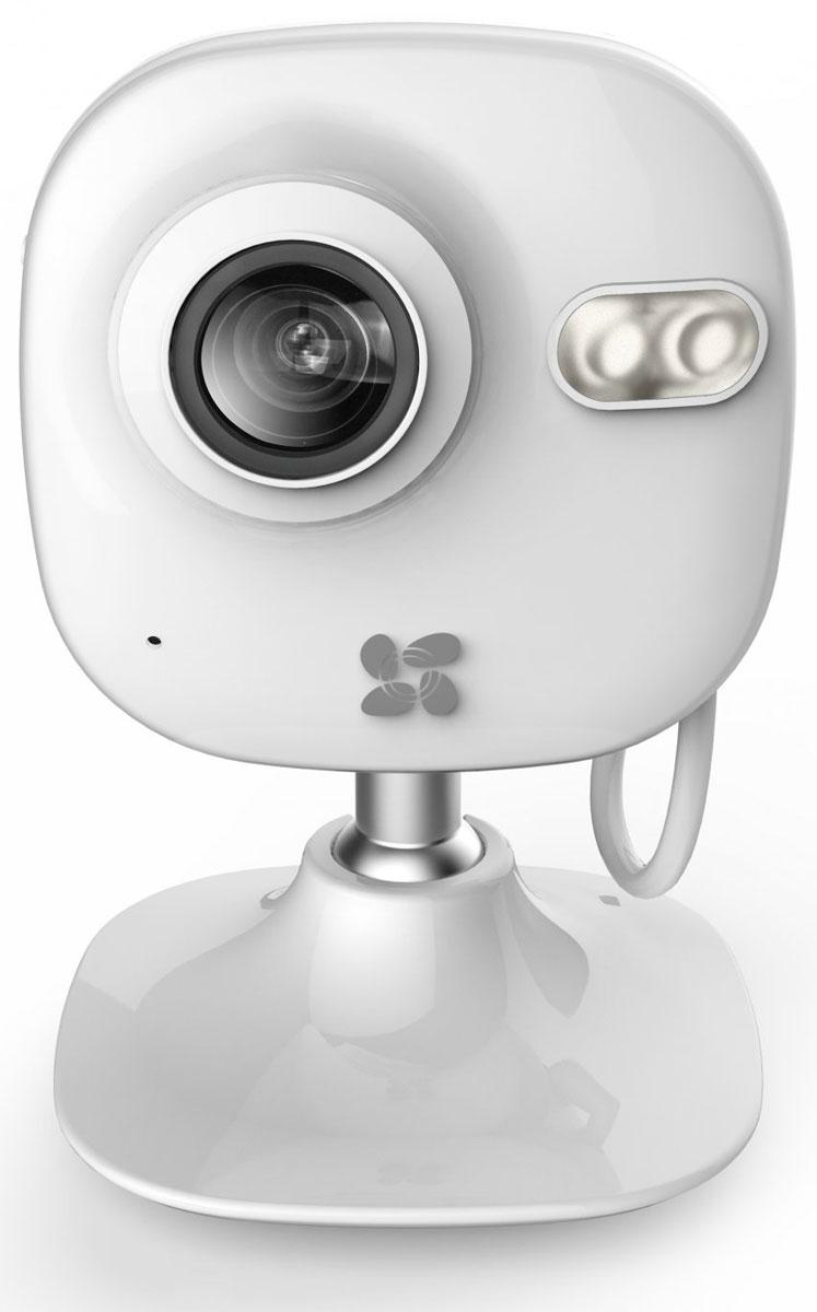 Ezviz C2 mini внутренняя Wi-Fi-камераCS-C2mini-31WFRВнутренняя Wi-Fi-камера Ezviz C2 mini снабжена светочувствительной матрицей CMOS с разрешением 1280 x 960 и поддерживает функцию WDR. Благодаря этому она может получать очень чёткое и контрастное изображение в любых условиях – в том числе при фронтальной засветке, в сумерках и при неблагоприятной погоде.В устройстве предусмотрен проводной интерфейс Ethernet и передатчик Wi-Fi. Они могут использоваться для соединения с компьютером или регистратором, а также для доступа к камере через облачный сервис. Также девайс поддерживает автономную запись на карту памяти microSD.В камере предусмотрены функции детектора движения и трансляции звука, полученного с помощью встроенного микрофона.Инфракрасные светодиоды обеспечивают отличную видимость на расстоянии до 10 метров в полной темноте.Двойное шифрование записиПростая настройка через облакоВстроенный микрофонКак выбрать камеру видеонаблюдения для дома. Статья OZON Гид