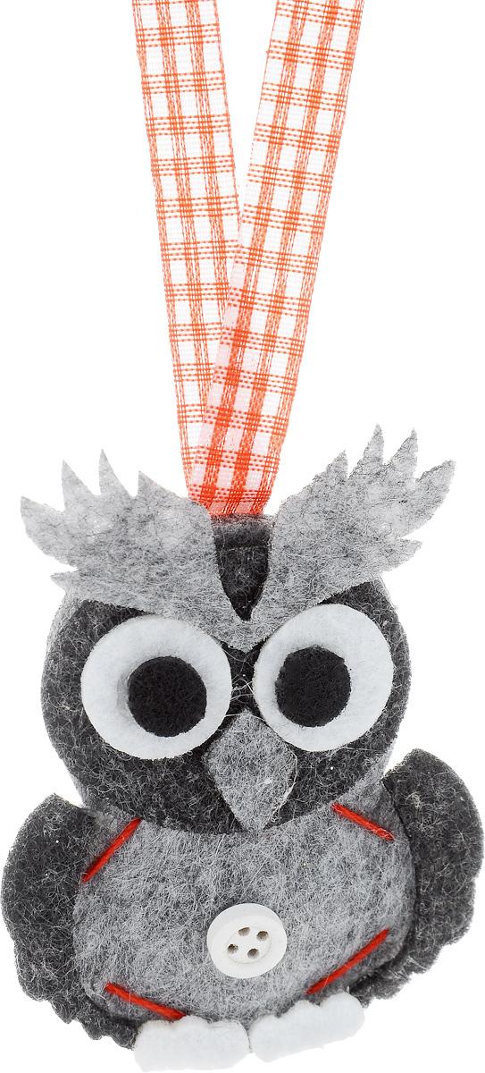 Украшение новогоднее подвесное House & Holder Сова, высота 8 смDP-C39-214860Новогоднее подвесное украшение House & Holder Сова выполнено из фетра. С помощью специальной петельки украшение можно повесить в любом понравившемся вам месте. Но, конечно, удачнее всего оно будет смотреться на праздничной елке.Елочная игрушка - символ Нового года. Она несет в себе волшебство и красоту праздника. Создайте в своем доме атмосферу веселья и радости, украшая новогоднюю елку нарядными игрушками, которые будут из года в год накапливать теплоту воспоминаний.Размер: 6 х 0,5 х 8 см.