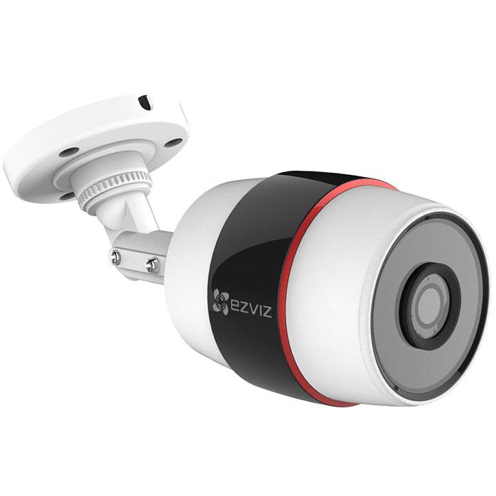 Ezviz C3S (Wi-Fi) внешняя камера видеонаблюденияCS-CV210-A0-52WFR(4MM)Ezviz C3S (Wi-Fi) - компактная IP-камера с Full HD качеством видео и ИК-подсветкой. Данная модель имеет прочный и надёжный корпус, который обеспечивает работу камеры на улице. Для питания устройства можно использовать стандартный адаптер, который входит в комплект.Камера наблюдения непрерывно записывает видео в Full HD-разрешении (1920x1080 - 25 к/с), выдавая четкое и детализированное видео без артефактов, солнечных бликов и засветов. Угол обзора оптики составляет 107,5° по диагонали, что позволяет захватить в кадр всю лестничную клетку или значительную часть открытого пространства (стоянки, склада и т.д.).Для работы в темноте предусмотрена функция ночной съемки с помощью инфракрасной подсветки, эффективная дальность которой равна 30 метрам. Также устройство оснащено детектором движения.Просмотреть видео в режиме реального времени можно прямо с экрана смартфона или планшета на которых установлено специальное приложение. Также возможна запись на карту памяти формата MicroSD объемом до 128 ГБ - при записи видео в максимальном качестве ее хватит на шесть часов.Двойное шифрование записиПростая настройка через облако