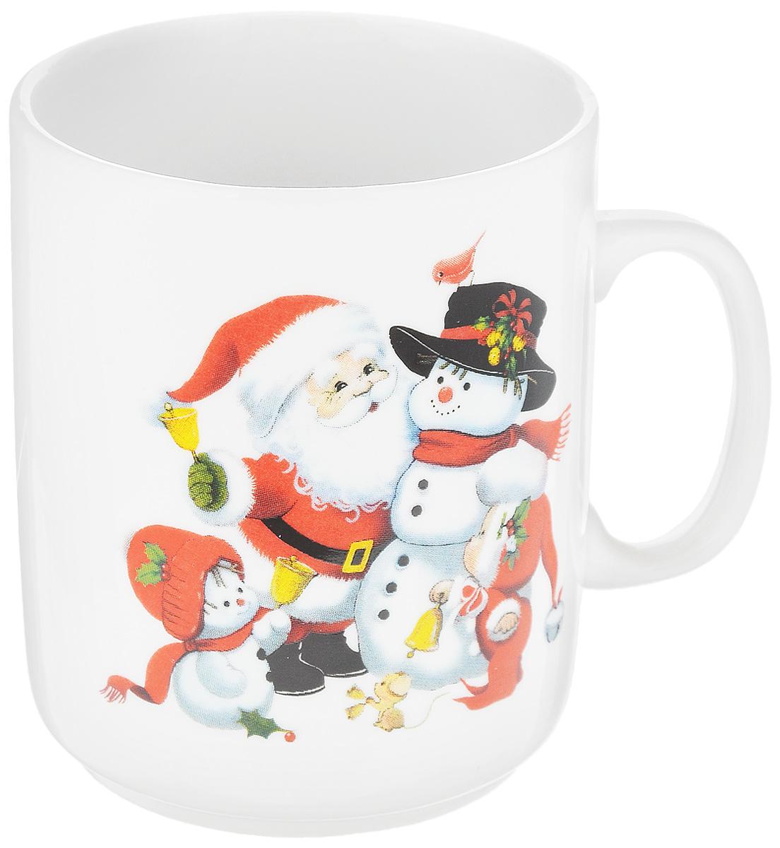 Кружка Фарфор Вербилок Дед Мороз, 300 мл9272120Кружка Фарфор Вербилок Дед Мороз способна скрасить любое чаепитие. Изделие выполнено из высококачественного фарфора. Посуда из такого материала позволяет сохранить истинный вкус напитка, а также помогает ему дольше оставаться теплым.Диаметр по верхнему краю: 7,5 см.Высота кружки: 10 см.