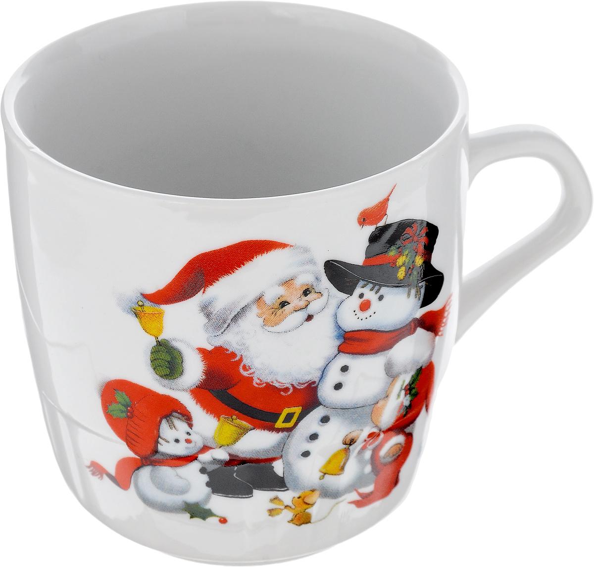 Кружка Фарфор Вербилок Дед Мороз, 250 мл5812120Кружка Фарфор Вербилок Дед Мороз способна скрасить любое чаепитие. Изделие выполнено из высококачественного фарфора. Посуда из такого материала позволяет сохранить истинный вкус напитка, а также помогает ему дольше оставаться теплым.Диаметр кружки (по верхнему краю): 8 см.Высота кружки: 8,5 см.