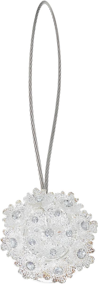 Подхват для штор TexRepublic Ajur. Tross, на магнитах, цвет: серебряный. 7896678966Изящный подхват для штор TexRepublic Ajur. Tross, выполненный из пластика и металла, можно использовать как держатель для штор или для формирования декоративных складок на ткани. С его помощью можно зафиксировать шторы или скрепить их, придать им требуемое положение, сделать симметричные складки. Благодаря магнитам подхват легко надевается и снимается.Подхват для штор является универсальным изделием, которое превосходно подойдет для любых видов штор. Подхваты придадут шторам восхитительный, стильный внешний вид и добавят уют в интерьер помещения.Длина подхвата: 25 см.Диаметр: 4 см.