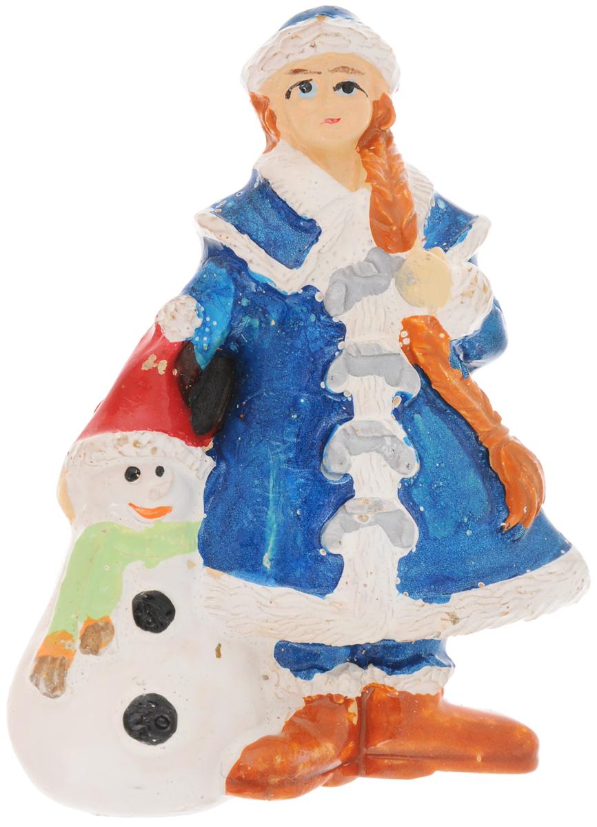Магнит House & Holder Снегурочка, 4,5 х 1,5 х 6 смDP-B84-4485PL/-1Магнит House & Holder Снегурочка, выполненный из полистоуна, прекрасно подойдет в качестве сувенира к Новому году или станет приятным презентом в обычный день. Магнит - одно из самых простых, недорогих и при этом оригинальных украшений интерьера. Он поможет вам украсить не только холодильник, но и любую другую магнитную поверхность.УВАЖАЕМЫЕ КЛИЕНТЫ!Товар поставляется в цветовом ассортименте. Поставка осуществляется в зависимости от наличия на складе.