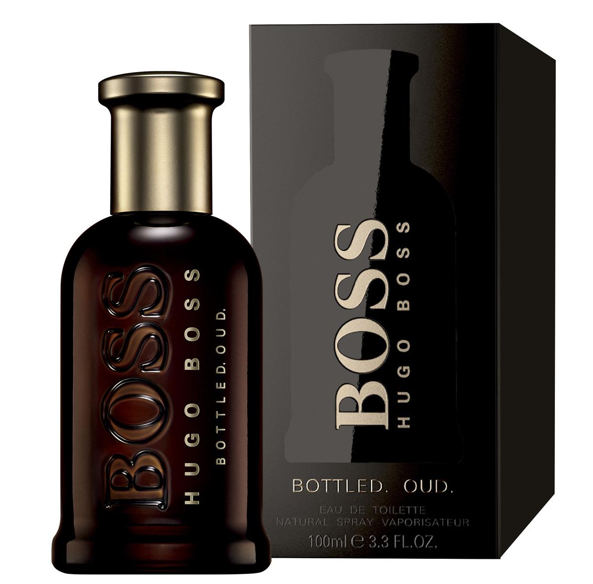 Hugo Boss Bottled Oud Парфюмерная вода мужская 100 мл0737052933269Boss Bottled Oud – глубокий, густой, обволакивающий и мистический по своему звучанию мужской восточно-древесный парфюм с бархатистыми пряными акцентами, выпущенный в 2015 году немецким модным брендом Hugo Boss. Аромат является своеобразным подарком всем любителем аромата уда. Считающийся священным на Востоке, уд последнее время начал свое победное шествие и в западной парфюмерии. Однако очень густой, дымно-сладкий аромат, столь популярный на Востоке непривычен для европейцев. Поэтому парфюмерам приходится облегчать его с помощью других ароматических ингредиентов, заставляя звучать более легко и непринужденно, как это принято в европейских парфюмерных традициях. Таким вот ароматом, стоящим одновременно на восточных и европейских традициях, и стал новый парфюм от Хьюго Босс. В нем сладковато-дымный, пряный уд буквально растворяется в бархатистых нотах корицы и горьковато-пряном шафране, будучи дополненным тонким древесно-сливочным аромата светлой древесины.Краткий гид по парфюмерии: виды, ноты, ароматы, советы по выбору. Статья OZON Гид