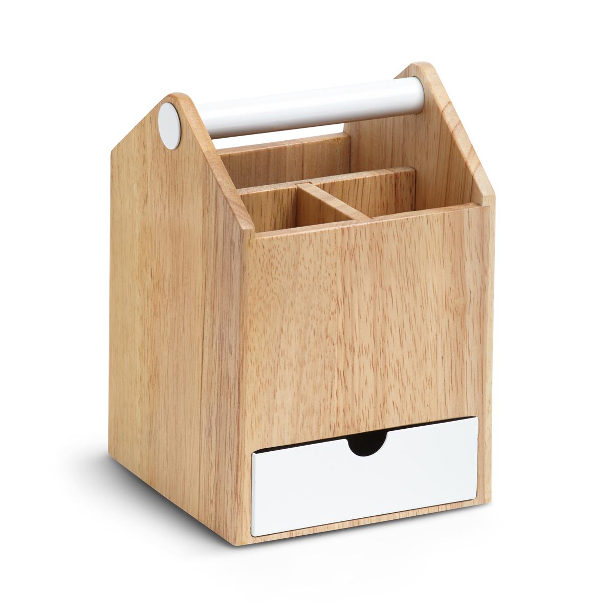 Шкатулка для украшений Umbra Toto, 21,3 х 14 х 14 см290239-668Что общего у ящика для инструментов и бижутерии? Вдохновившись ящиком плотника, дизайнеры создали вот такую шкатулку-органайзер для разборчивых модниц, оставив все только лучшее и удобное. Эргономичная ручка для переноски, выдвигающиеся ящички и отделения разного размера - это удобно для хранения косметики, украшений и даже офисных принадлежностей.