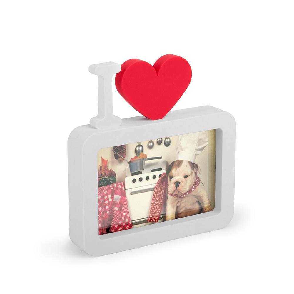 Фоторамка Umbra Ulove, цвет: белый313190-660Романтическая рамка в виде культового символа для самых любимых фотографий. Подойдет для снимков размером 4 х 6 см.