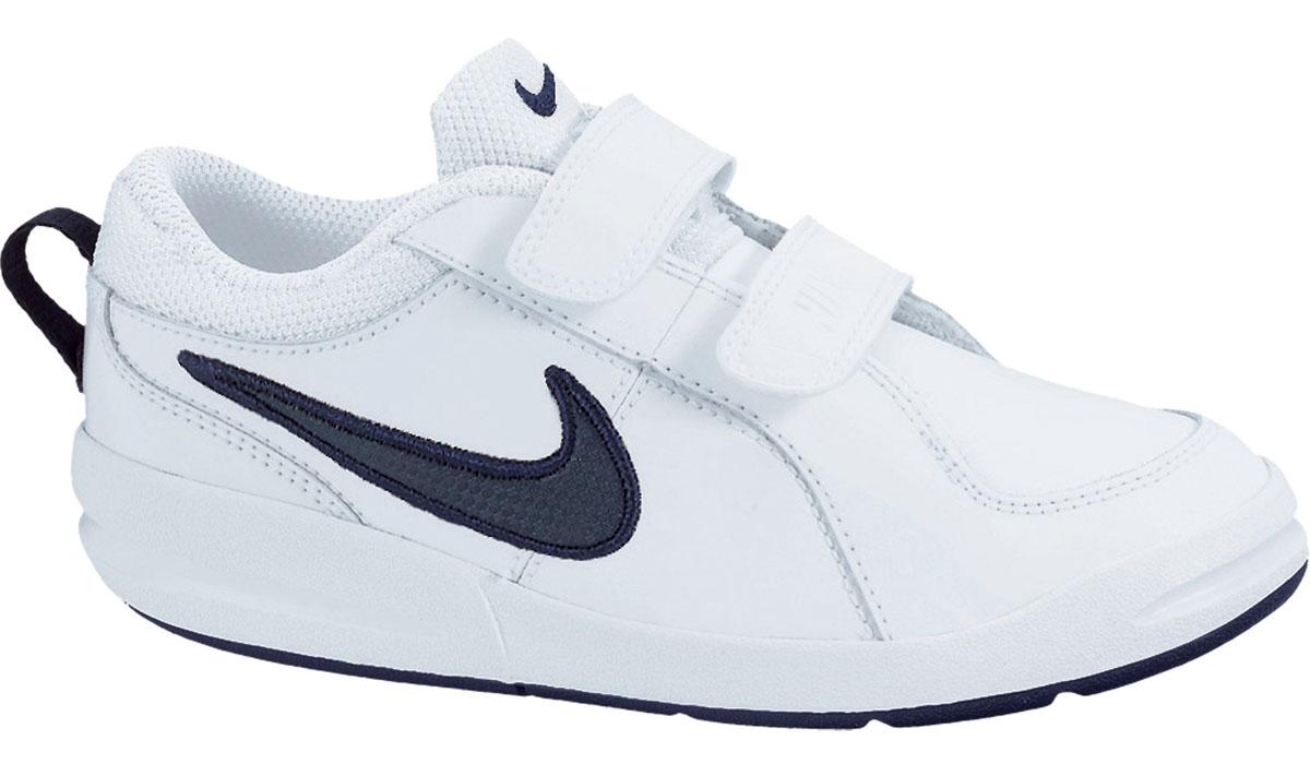 Детские кроссовки Pico 4 от Nike, выполненные из натуральной и искусственной кожи, дополнены вставками из текстиля. Ремешки с застежками-липучками надежно фиксируют модель на ноге. Текстильная подкладка не натирает. Промежуточная подошва обеспечивает отличную амортизацию. Подошва дополнена рифлением.