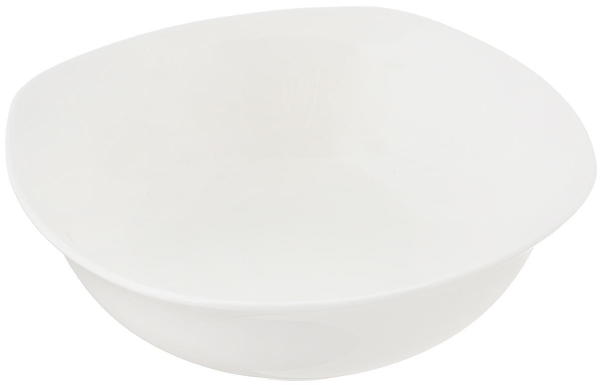 """Салатник """"Wilmax"""" квадратной формы, изготовленный из высококачественного фарфора с глазурованным покрытием, прекрасно подойдет для подачи различных блюд, например, салатов, сладостей или фруктов. Такой салатник украсит ваш праздничный или обеденный стол, а оригинальный дизайн придется по вкусу и ценителям классики, и тем, кто предпочитает утонченность и изысканность.Можно мыть в посудомоечной машине и использовать в микроволновой печи."""