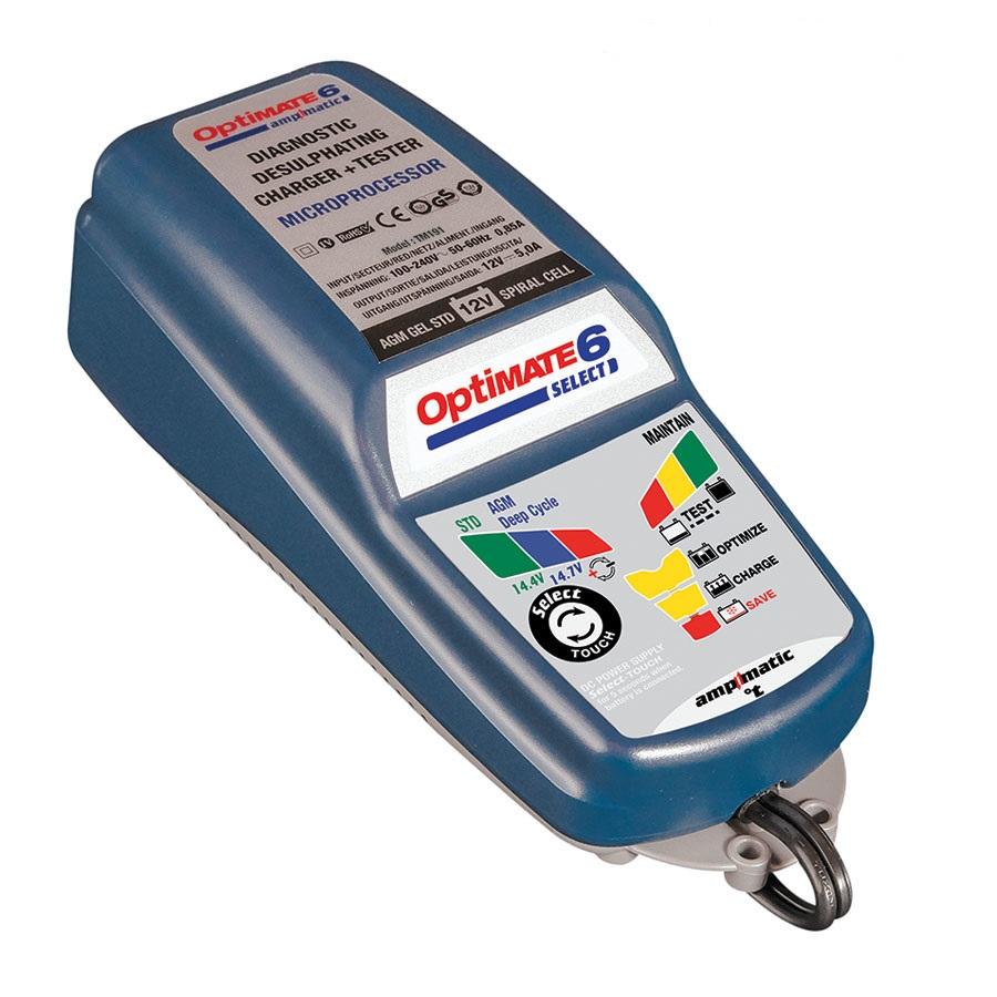 Зарядное устройство OptiMate 6 Select. TM190TM190Многоступенчатое зарядное устройство Optimate от бельгийской компании TecMate с режимами тестирования, восстановления глубокоразряженных аккумуляторных батарей, десульфатации и хранения. Управление полностью автоматическое микропроцессорное, переключение режимов 14,4В и 14,7В сенсорной кнопкой. Заряжает все типы 12В свинцово-кислотных аккумуляторных батарей, в т.ч. AGM, GEL. Защита от короткого замыкания, переполюсовки, искрообразования, перегрева. Оптимизирует срок службы и здоровье аккумуляторной батареи. Гарантия 3 года (замена на новое изделие). Влагозащищенный корпус. Рекомендовано 10-ю ведущими производителями мототехники. Optimate 6 select рекомендуется для АКБ от 3 Ач до 200 Ач. Ток заряда: 0,4-5,0А. Старт зарядки АКБ от 0,5В. Температурный режим: -40...+40°С. В комплект устройства входят аксессуары: O11 кольцевой разъем постоянного подключения и O4 зажимы типа крокодил. Optimate 6 select имеет дополнительный режим источника питания, для замещения аккумуляторной батареи во время сервисных работ.