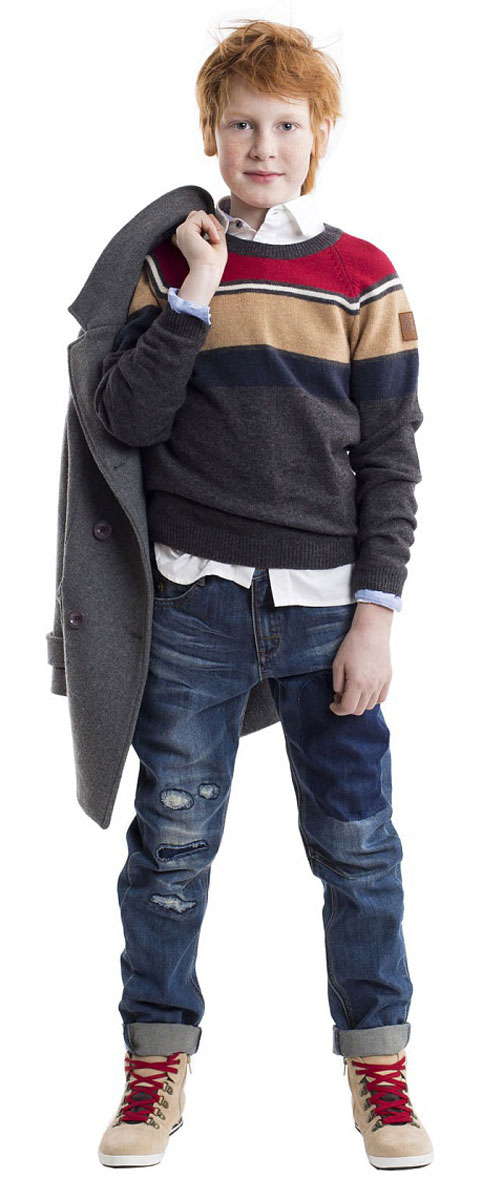 Джемпер для мальчика Gulliver, цвет: бордовый, бежевый, серый. 21607BKC3101. Размер 12221607BKC3101Вязаный джемпер не оставляет сомнений в том, что эта вещь станет одной из самых любимых и востребованных в гардеробе ребенка! Изюминка модели в оригинальной полоске. Это делает изделие очень выразительным и ярким. Отличный состав пряжи гарантирует мягкость и уют. Теплый джемпер для мальчика идеально дополнит любой комплект, подарив комфорт и свободу движений. Если вы решили купить детский джемпер, эта модель обеспечит прекрасный внешний вид и удобство в повседневной носке.