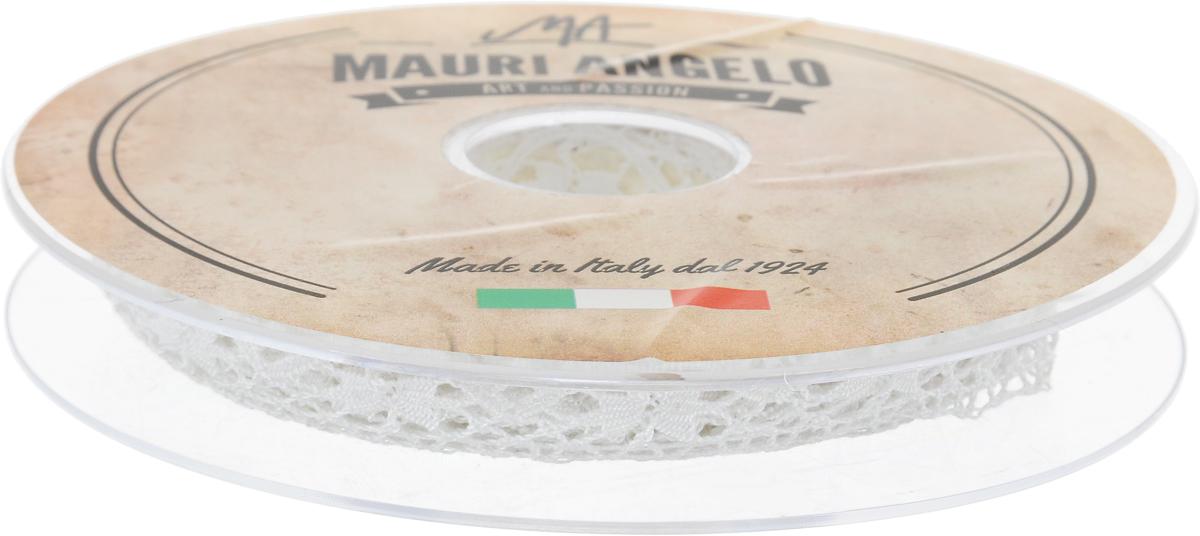 Лента кружевная Mauri Angelo, цвет: белый, 1,7 см х 10 мMR1197_белыйДекоративная кружевная лента Mauri Angelo - текстильное изделие без тканой основы, в котором ажурный орнамент и изображения образуются в результате переплетения нитей. Кружево применяется для отделки одежды, белья в виде окаймления или вставок, а также в оформлении интерьера, декоративных панно, скатертей, тюлей, покрывал. Главные особенности кружева - воздушность, тонкость, эластичность, узорность.Декоративная кружевная лента Mauri Angelo станет незаменимым элементом в создании рукотворного шедевра. Ширина: 1,7 см.Длина: 10 м.