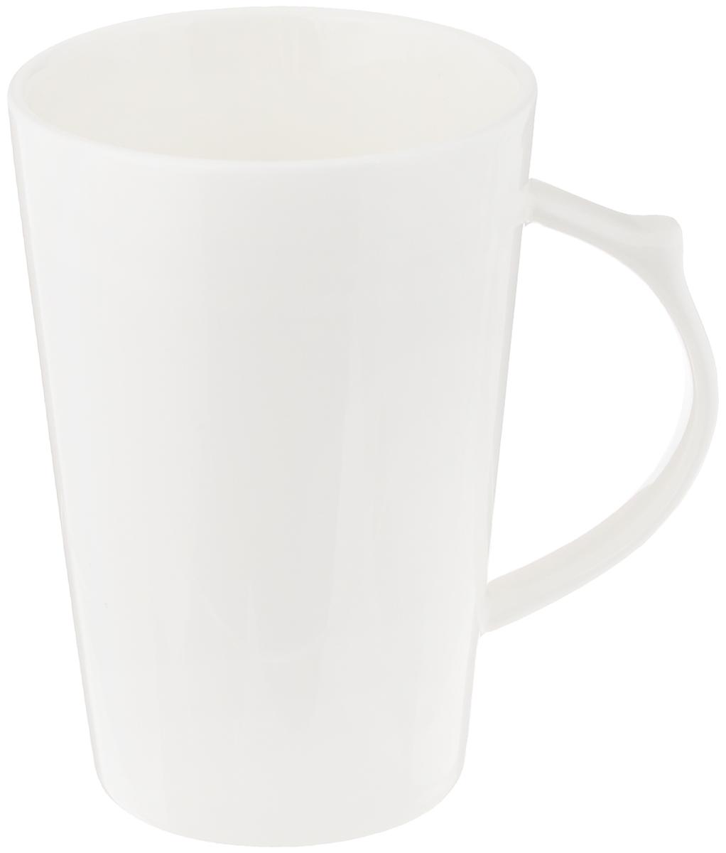 """Изящная кружка """"Wilmax"""" выполнена из высококачественного фарфора. Изделие впишется в любой интерьер современной кухни, а также станет отличным дополнением к сервировке праздничного или обеденного стола. Диаметр кружки (по верхнему краю): 8 см."""