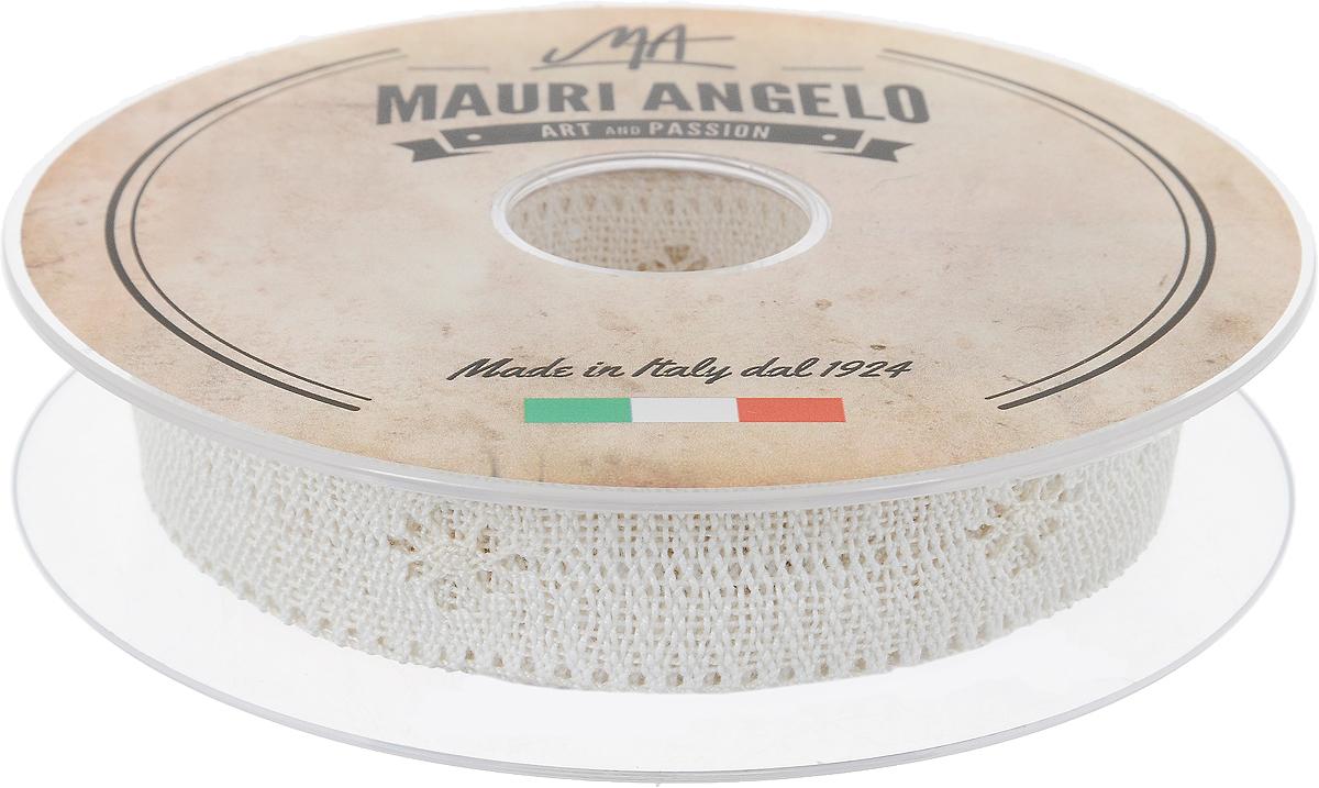 Лента кружевная Mauri Angelo, цвет: кремовый, 2,8 см х 10 мMR2626/PPT/E_бежевыйДекоративная кружевная лента Mauri Angelo - текстильное изделие без тканой основы, в котором ажурный орнамент и изображения образуются в результате переплетения нитей. Кружево применяется для отделки одежды, белья в виде окаймления или вставок, а также в оформлении интерьера, декоративных панно, скатертей, тюлей, покрывал. Главные особенности кружева - воздушность, тонкость, эластичность, узорность.Декоративная кружевная лента Mauri Angelo станет незаменимым элементом в создании рукотворного шедевра. Ширина: 2,8 см.Длина: 10 м.