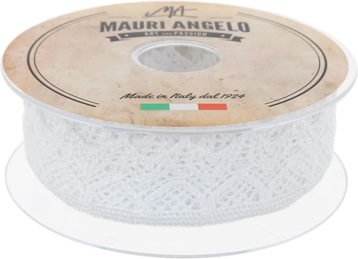 Лента кружевная Mauri Angelo, цвет: белый, 3,7 см х 10 мMR3325_белыйДекоративная кружевная лента Mauri Angelo - текстильное изделие без тканой основы, в котором ажурный орнамент и изображения образуются в результате переплетения нитей. Кружево применяется для отделки одежды, белья в виде окаймления или вставок, а также в оформлении интерьера, декоративных панно, скатертей, тюлей, покрывал. Главные особенности кружева - воздушность, тонкость, эластичность, узорность.Декоративная кружевная лента Mauri Angelo станет незаменимым элементом в создании рукотворного шедевра. Ширина: 3,7 см.Длина: 10 м.
