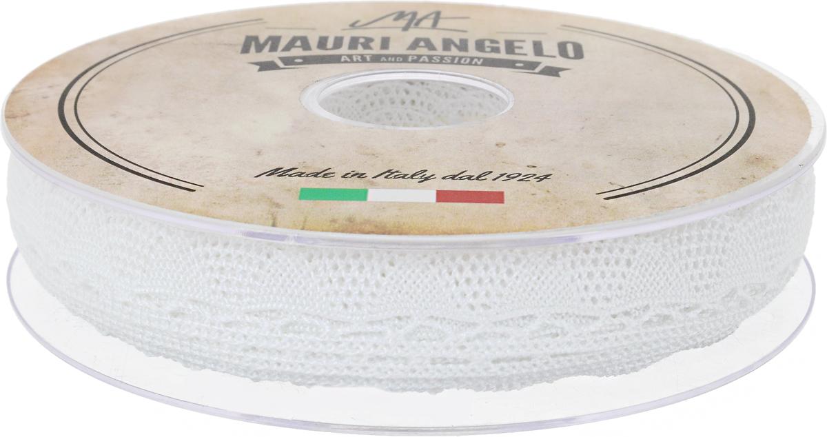 Лента кружевная Mauri Angelo, цвет: белый, 2 см х 20 мMR2080Декоративная кружевная лента Mauri Angelo - текстильное изделие без тканой основы, в котором ажурный орнамент и изображения образуются в результате переплетения нитей. Кружево применяется для отделки одежды, белья в виде окаймления или вставок, а также в оформлении интерьера, декоративных панно, скатертей, тюлей, покрывал. Главные особенности кружева - воздушность, тонкость, эластичность, узорность.Декоративная кружевная лента Mauri Angelo станет незаменимым элементом в создании рукотворного шедевра. Ширина: 2 см.Длина: 20 м.