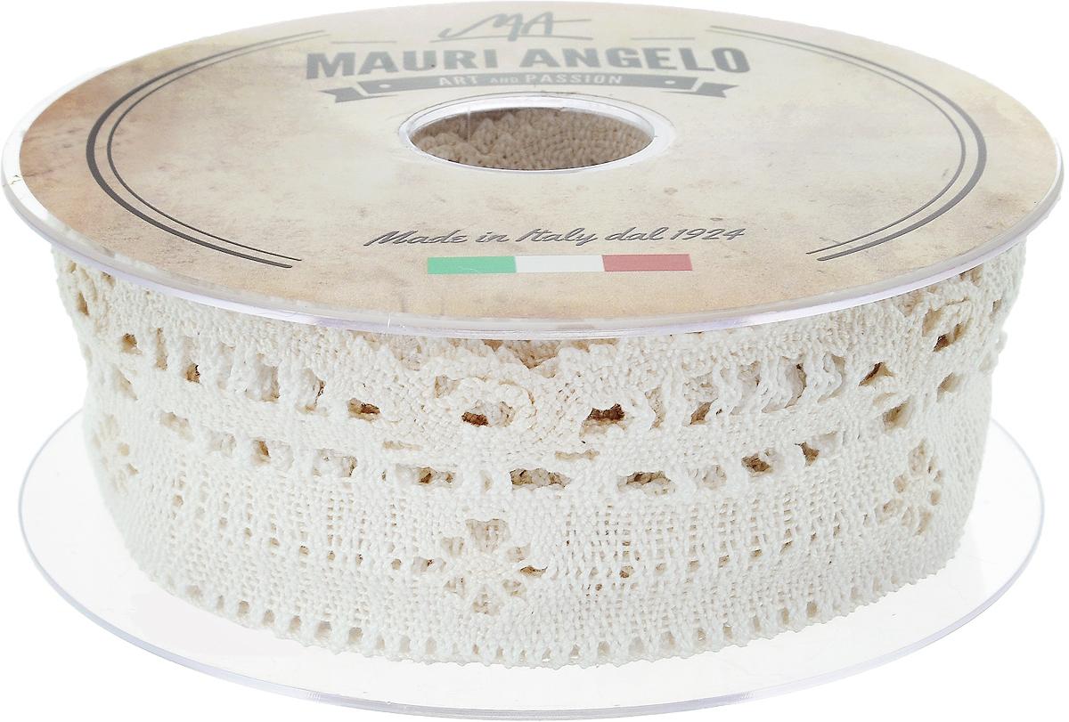 Лента кружевная Mauri Angelo, цвет: кремовый, 4,6 см х 10 мMR3509/PPT/E_кремовыйДекоративная кружевная лента Mauri Angelo - текстильное изделие без тканой основы, в котором ажурный орнамент и изображения образуются в результате переплетения нитей. Кружево применяется для отделки одежды, белья в виде окаймления или вставок, а также в оформлении интерьера, декоративных панно, скатертей, тюлей, покрывал. Главные особенности кружева - воздушность, тонкость, эластичность, узорность.Декоративная кружевная лента Mauri Angelo станет незаменимым элементом в создании рукотворного шедевра. Ширина: 4,6 см.Длина: 10 м.