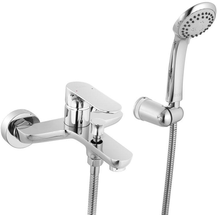 Смеситель для ванны Iddis Eclipt, с коротким изливом, цвет: хромECLSB00i02Смеситель для ванны Iddis Eclipt изготовлен из высококачественной первичной латуни, прочной, безопасной и стойкой к коррозии. Инновационные технологии литья и обработки латуни, а также увеличенная толщина стенок смесителя обеспечивают его стойкость к перепадам давления и температур. Увеличенное никель-хромовое покрытие полностью соответствует европейским стандартам качества, обеспечивает его стойкость и зеркальный блеск в течение всего срока службы изделия. Благодаря гладкой внутренней поверхности смесителя, рассекателям в водозапорных механизмах и аэратору он имеет минимальный уровень шума. Ручная фиксация дивертора позволяет комфортно принимать душ даже при низком давлении воды. Картридж Softap обеспечивает особую плавность хода ручки смесителя - для точной регулировки температуры и напора воды.Съемный пластиковый аэратор Neoperl гарантирует ровный и мягкий поток воды без брызг. Встроенный ограничитель потока оптимизирует расход воды без потери комфорта при использовании. В комплекте: лейка (3 режима) и шланг из нержавеющей стали длиной 1,5 м с защитой от перекручивания. Гарантия на смесители Iddis - 10 лет. Гарантия на лейку и шланг составляет 3 года.