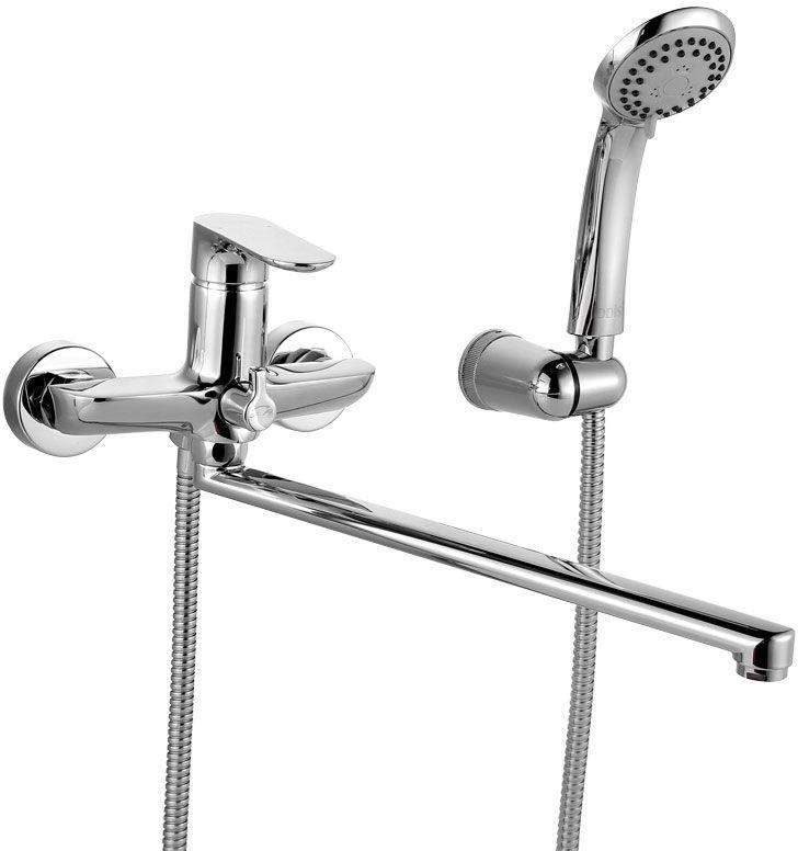 Смеситель для ванны Iddis Eclipt, с длинным изливом, с керамическим дивертором, цвет: хромECLSBL2i10Смеситель для ванны Iddis Eclipt изготовлен из высококачественной первичной латуни, прочной, безопасной и стойкой к коррозии. Инновационные технологии литья и обработки латуни, а также увеличенная толщина стенок смесителя обеспечивают его стойкость к перепадам давления и температур. Увеличенное никель-хромовое покрытие полностью соответствует европейским стандартам качества, обеспечивает его стойкость и зеркальный блеск в течение всего срока службы изделия. Благодаря гладкой внутренней поверхности смесителя, рассекателям в водозапорных механизмах и аэратору он имеет минимальный уровень шума.Смеситель оборудован керамическим дивертором, чей сверхнадежный механизм обеспечивает плавное и мягкое переключение с излива на душ, а также непревзойденную надежность при любом давлении воды.Картридж Softap обеспечивает особую плавность хода ручки смесителя – для точной регулировки температуры и напора воды.Съемный пластиковый аэратор Neoperl гарантирует ровный и мягкий поток воды без брызг. Встроенный ограничитель потока оптимизирует расход воды без потери комфорта при использовании.Длина излива: 350 мм.В комплекте: лейка (3 режима) и шланг из нержавеющей стали длиной 1,5 м с защитой от перекручивания. Гарантия на смесители Iddis - 10 лет.