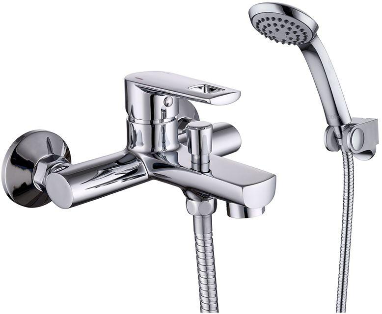 Смеситель для ванны Iddis Runo, с коротким изливом, цвет: хромRUNSB00i02Смеситель для ванны Iddis Runo изготовлен из высококачественной первичной латуни, прочной, безопасной и стойкой к коррозии. Инновационные технологии литья и обработки латуни, а также увеличенная толщина стенок смесителя обеспечивают его стойкость к перепадам давления и температур. Увеличенное никель-хромовое покрытие полностью соответствует европейским стандартам качества, обеспечивает его стойкость и зеркальный блеск в течение всего срока службы изделия. Благодаря гладкой внутренней поверхности смесителя, рассекателям в водозапорных механизмах и аэратору он имеет минимальный уровень шума.Ручная фиксация дивертора позволяет комфортно принимать душ даже при низком давлении воды. Картридж Softap обеспечивает особую плавность хода ручки смесителя - для точной регулировки температуры и напора воды.Аэратор легко извлекается из смесителя с помощью монетки, упрощая его очистку. Встроенный ограничитель потока оптимизирует расход воды без потери комфорта при использовании. В комплекте: лейка (1 режим) и шланг из нержавеющей стали длиной 1,5 м с защитой от перекручивания. Гарантия на смесители Iddis - 10 лет. Гарантия на лейку и шланг составляет 3 года.